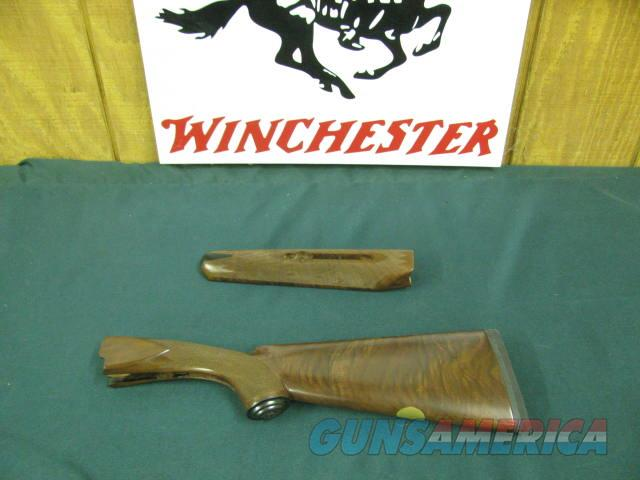 6758 Winchester model 23 CLASSIC 28 gauge, factory NEW OLD STOCK,forend/stock with lots of figure AAA++, normally a set of NOS forend/stock set is $500-750.Also from the Winchester factory I have: golden quail 20ga set  23 HEAVY DUCK 1  Non-Guns > Gunstocks, Grips & Wood