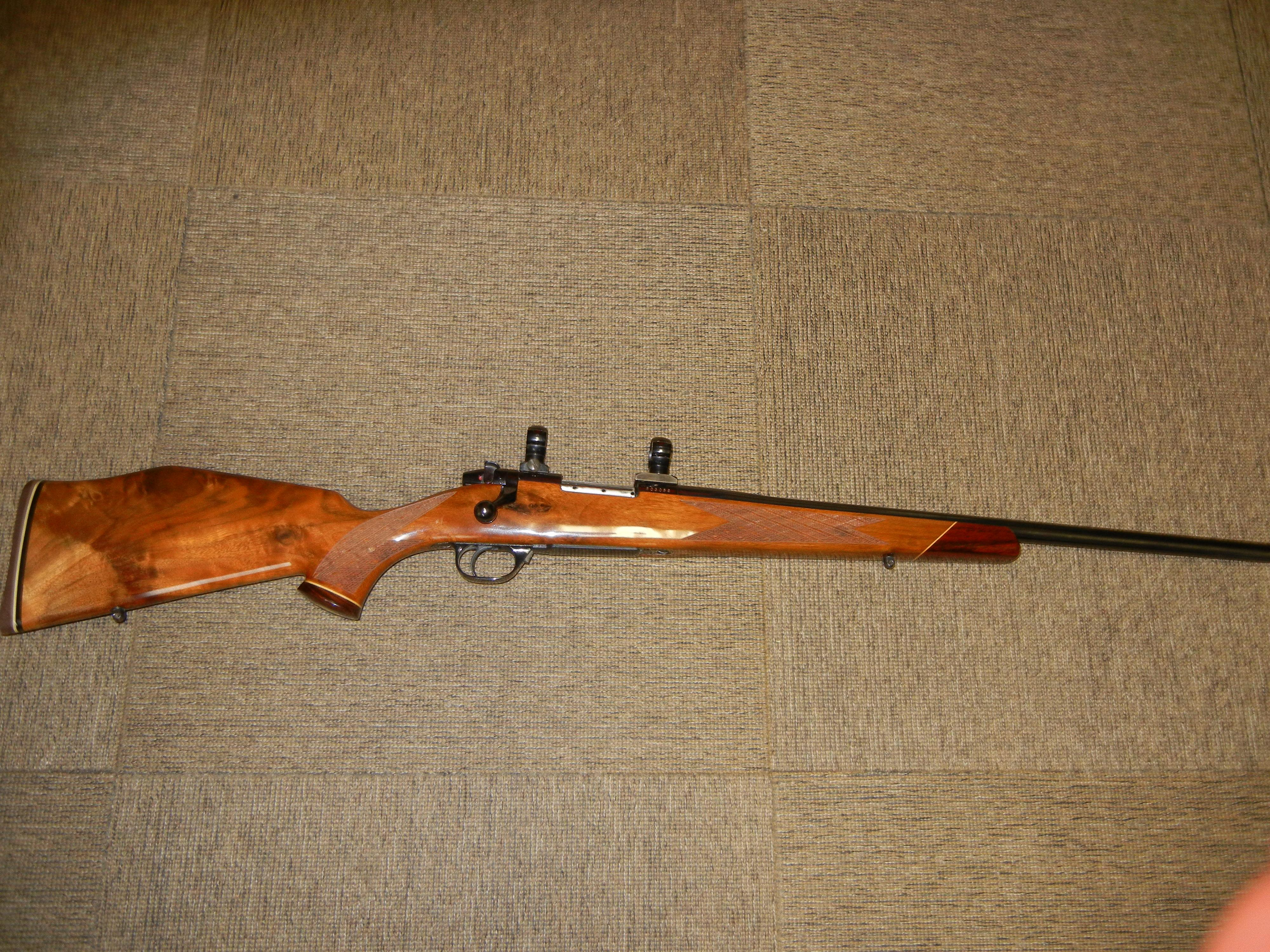 WEATHERBY MARK V 22-250  Guns > Rifles > Weatherby Rifles > Sporting