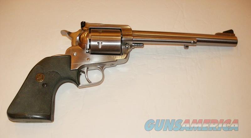 STRUM RUGER NEW MODEL SUPER BLACKHAWK STAINLESS 44 MAG REVOLVER  Guns > Pistols > Ruger Single Action Revolvers > Blackhawk Type