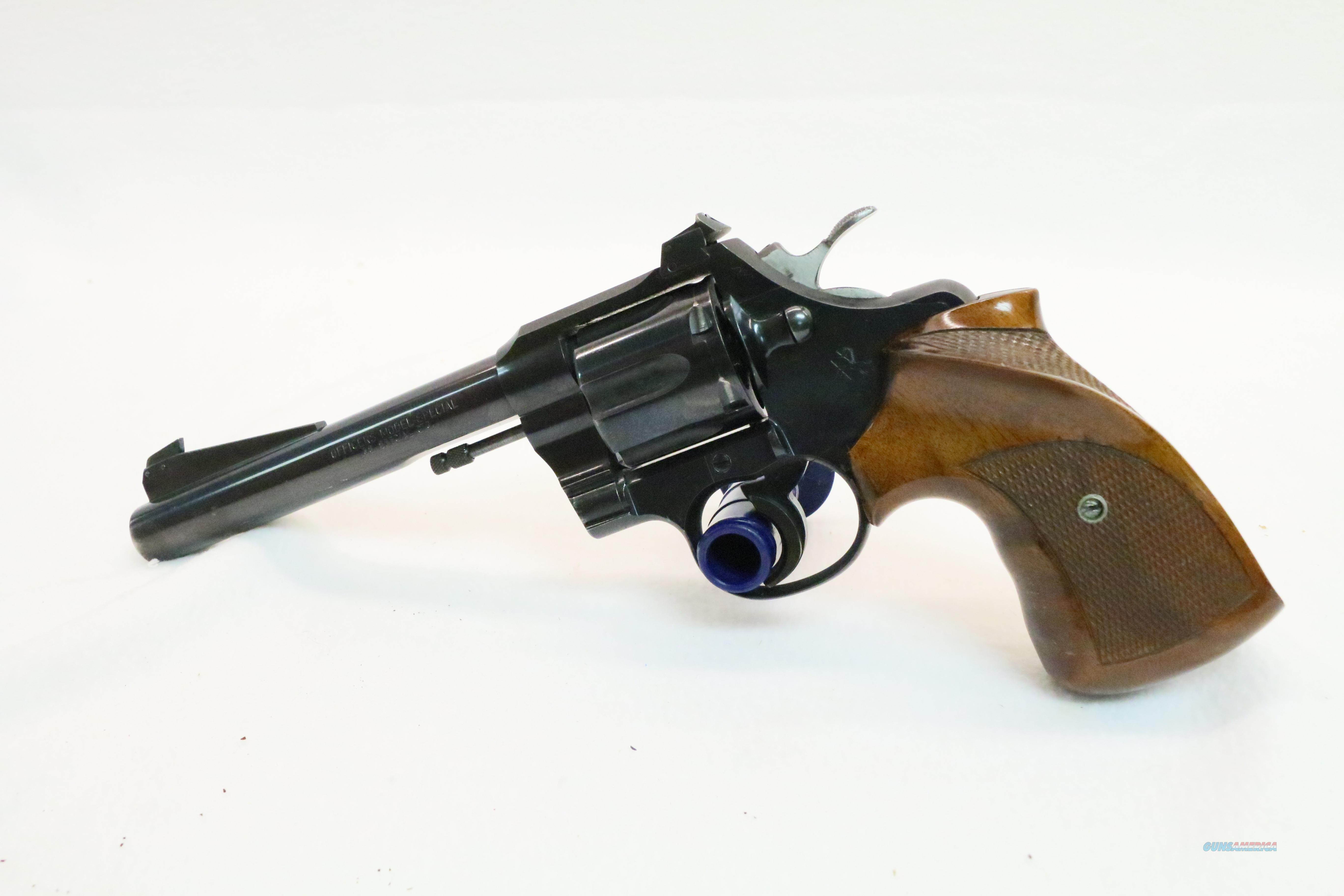 1952 Colt Officers Model Special .38 special cal  Guns > Pistols > Colt Double Action Revolvers- Modern