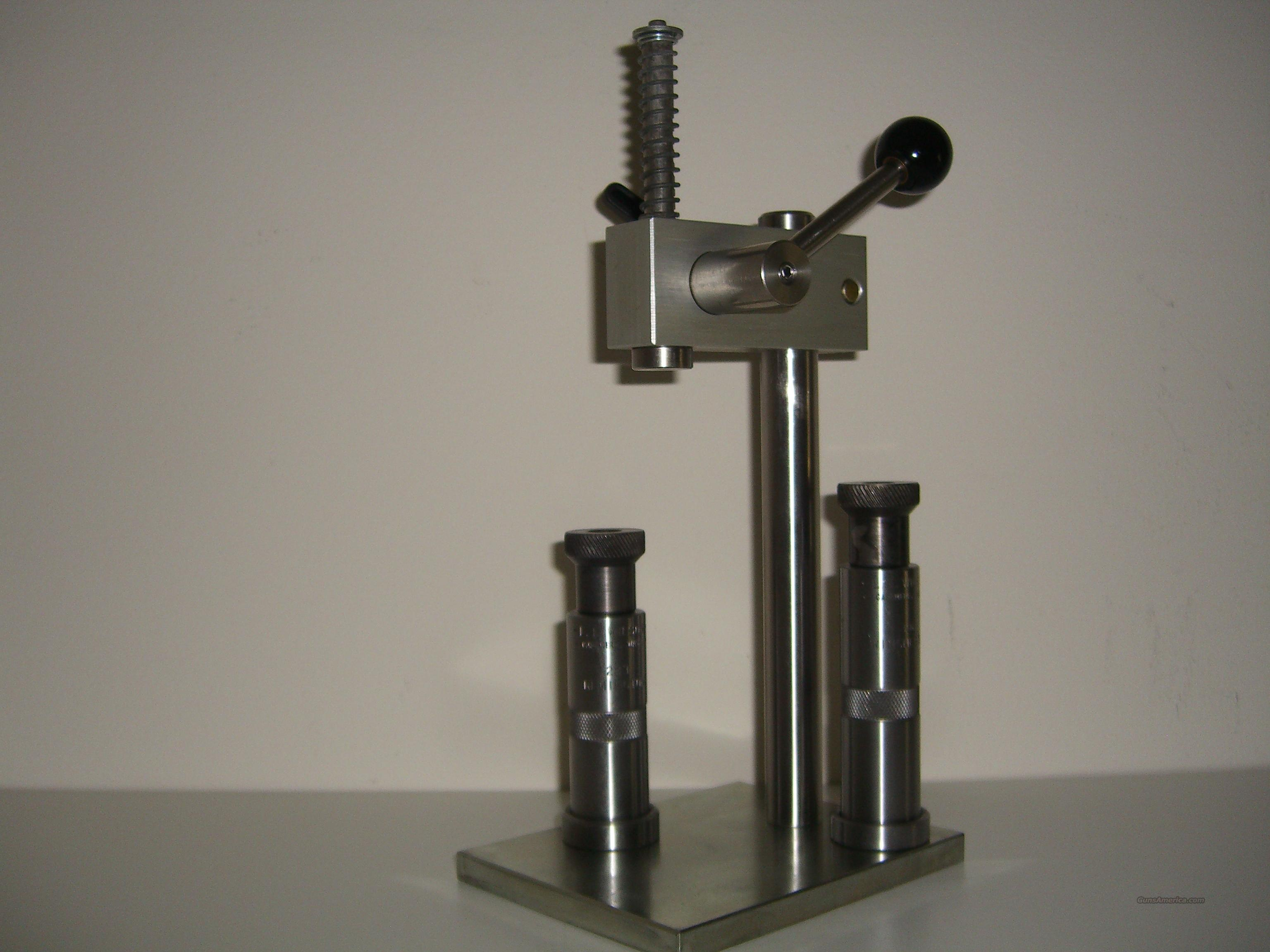 Sinclair AP-1000 Arbor Press with dies  Non-Guns > Reloading > Equipment > Metallic > Presses