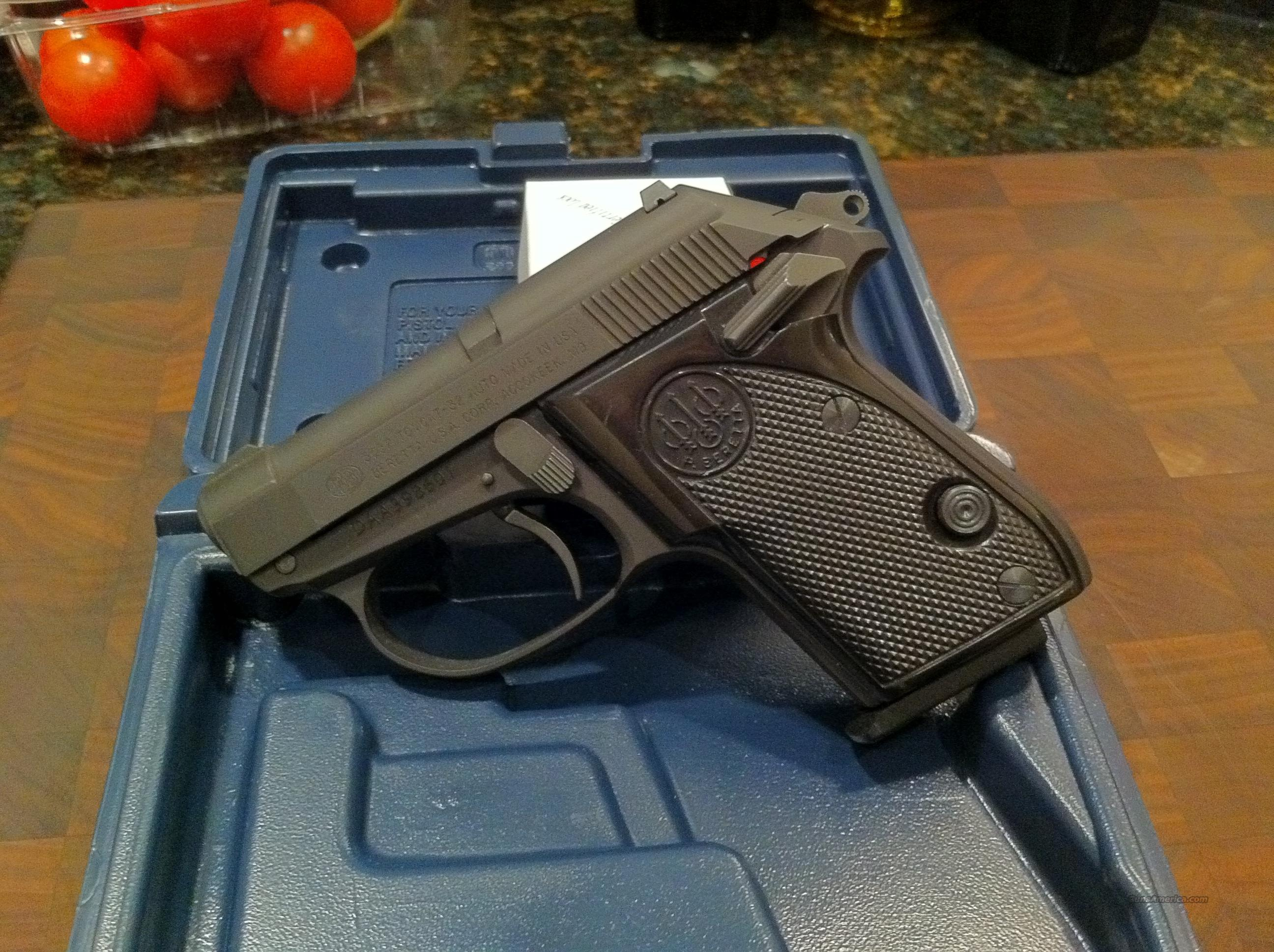 Excellent condition Beretta 3032 Flat Black  Guns > Pistols > Beretta Pistols > Small Caliber Tip Out