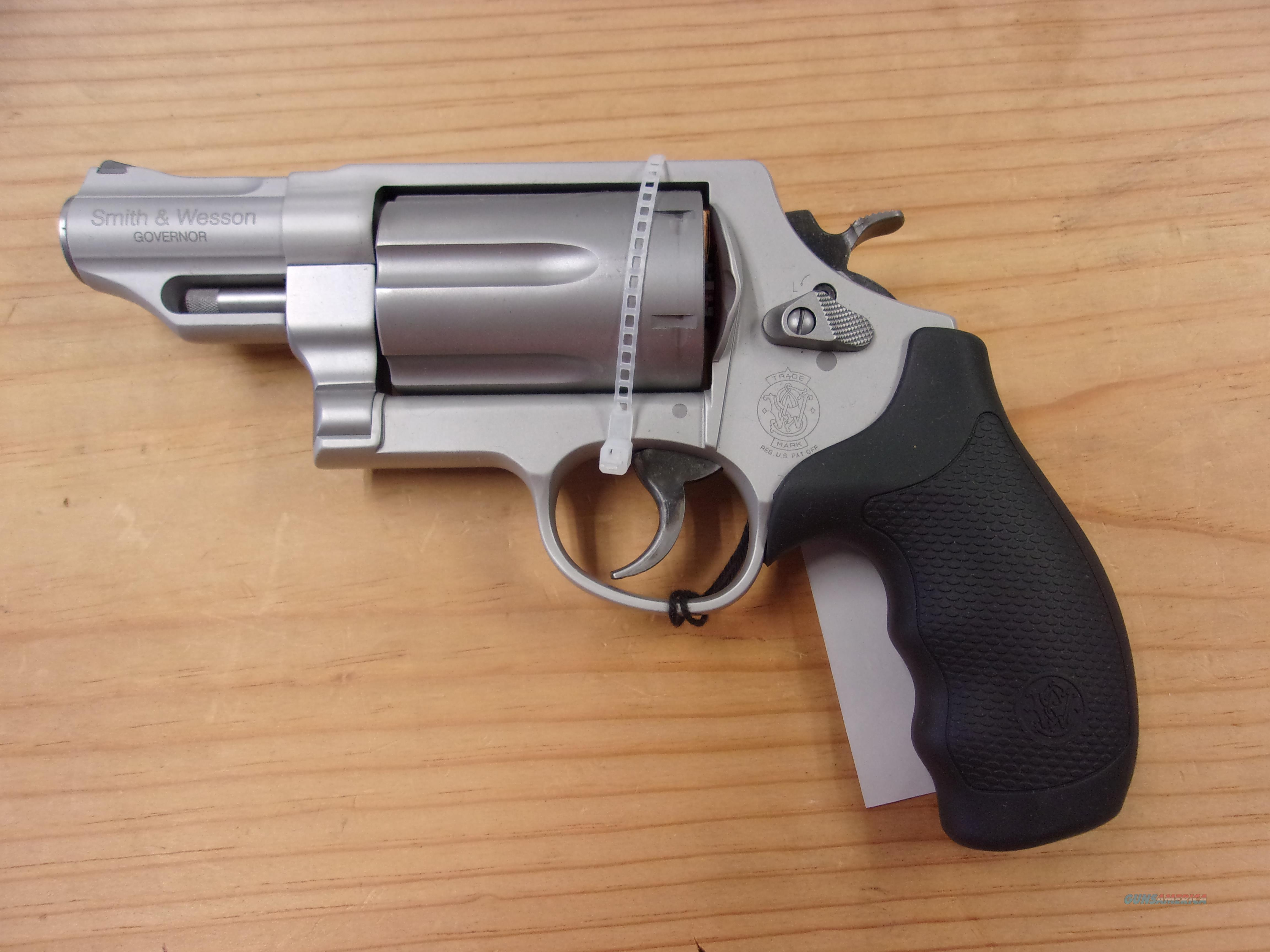 Smith & Wesson Governor  Guns > Pistols > Smith & Wesson Revolvers > Med. Frame ( K/L )