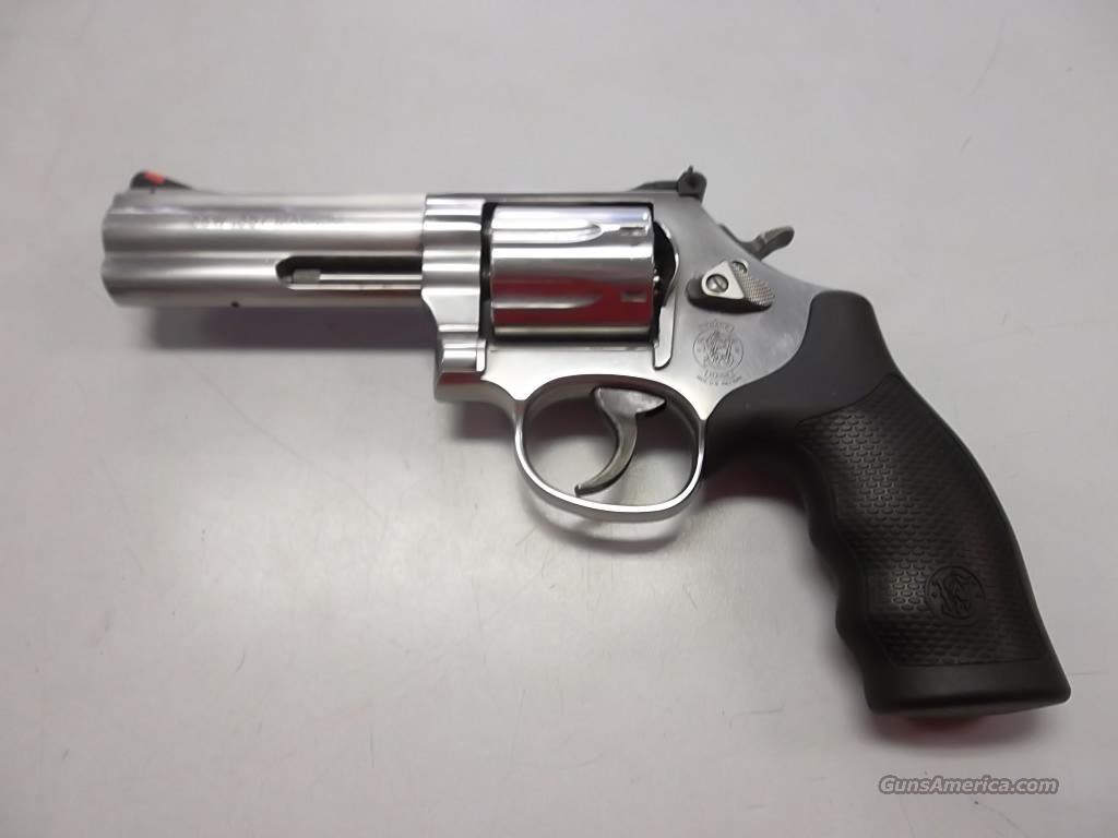 Smith & Wesson 686-6  Guns > Pistols > Smith & Wesson Revolvers > Model 10