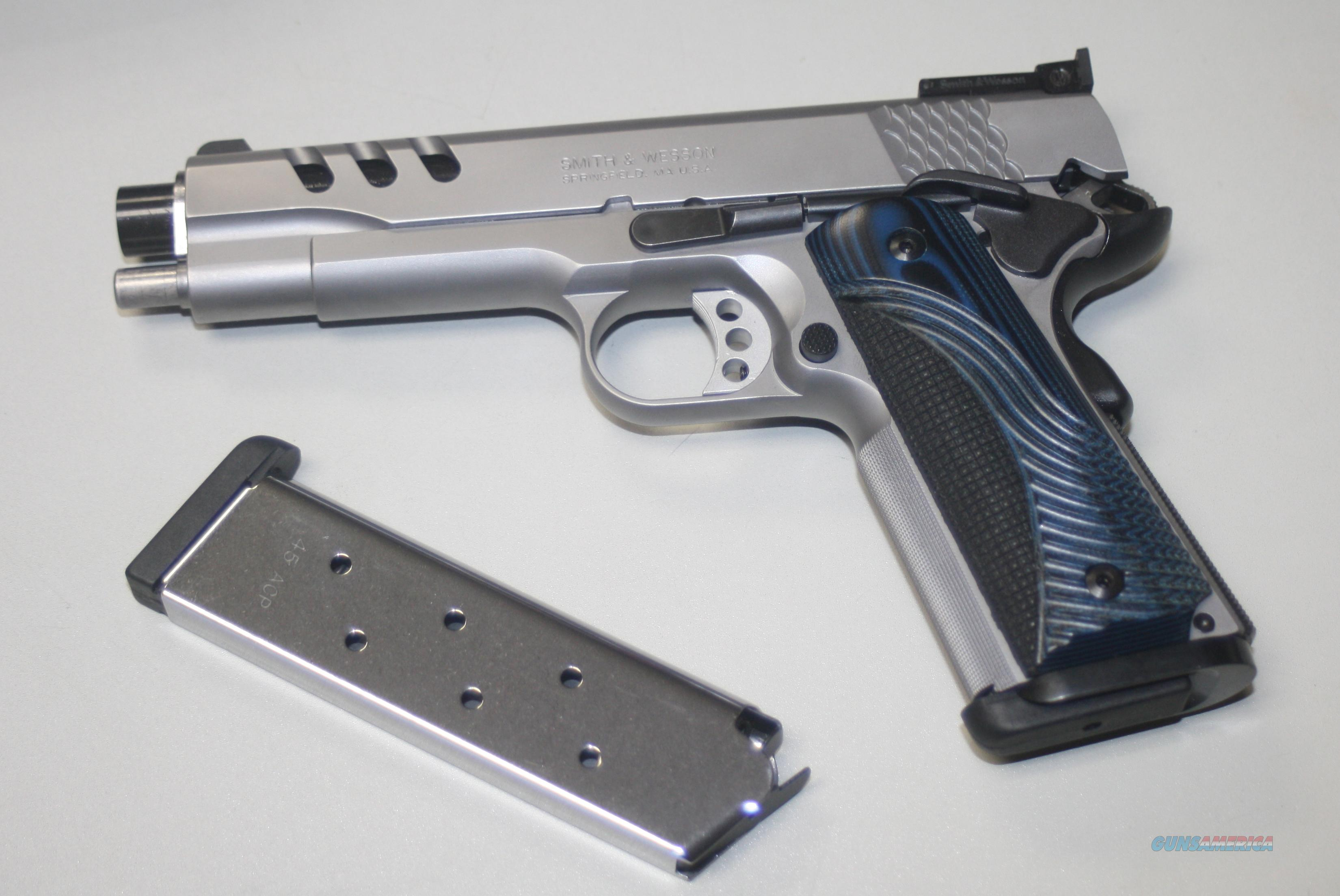 SMITH & WESSON MODEL SW1911  PERFORMANCE CENTER  Guns > Pistols > Smith & Wesson Pistols - Autos > Steel Frame
