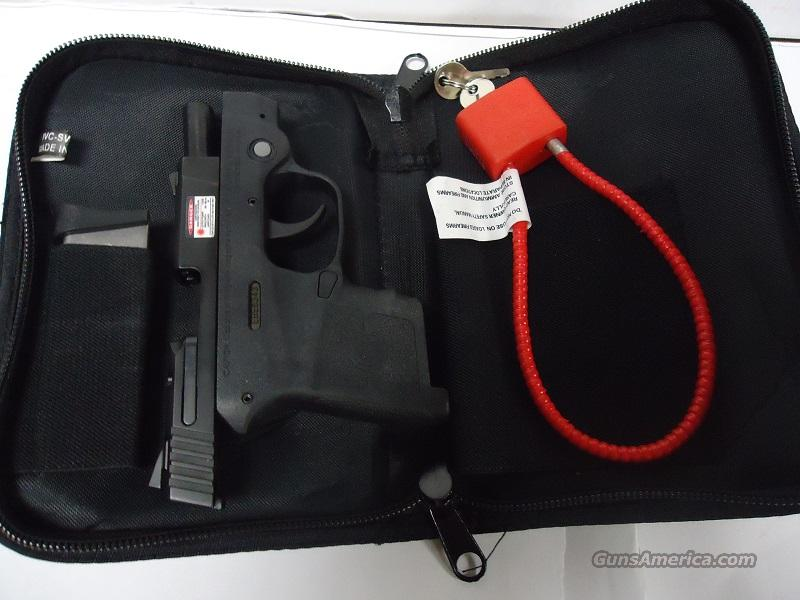 SMITH & WESSON 380 BODYGUARD WITH LASER JUST LIKE NEW IN POUCH  Guns > Pistols > Smith & Wesson Pistols - Autos > Polymer Frame