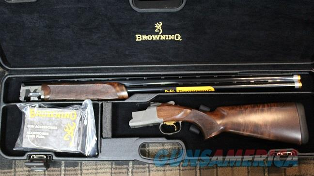 "BROWNING MODEL 725 PRO SPORTING OVER/UNDER 12 GA 32"" NEW IN BOX  Guns > Shotguns > Browning Shotguns > Over Unders > Citori > Trap/Skeet"