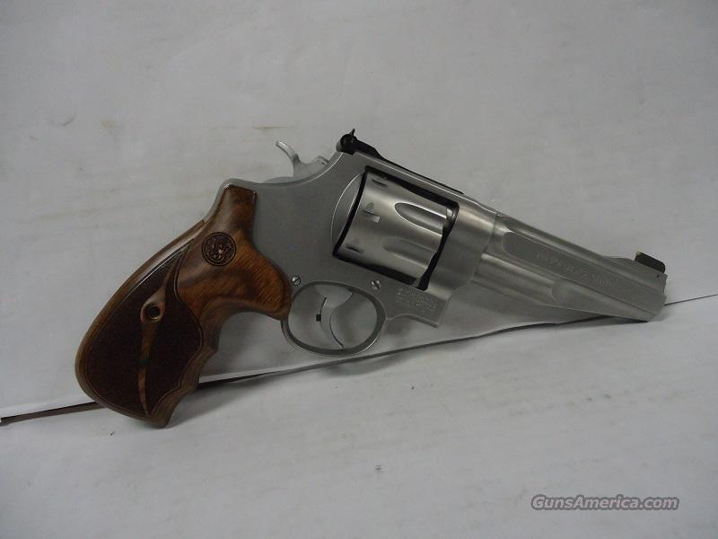 "SMITH & WESSON #170210 PERFORMANCE CENTER MODEL 627 5"" 8-SHOT NEW IN HARD CASE WITH WOOD AND SYNTHETIC GRIPS INCLUDED  Guns > Pistols > Smith & Wesson Revolvers > Performance Center"