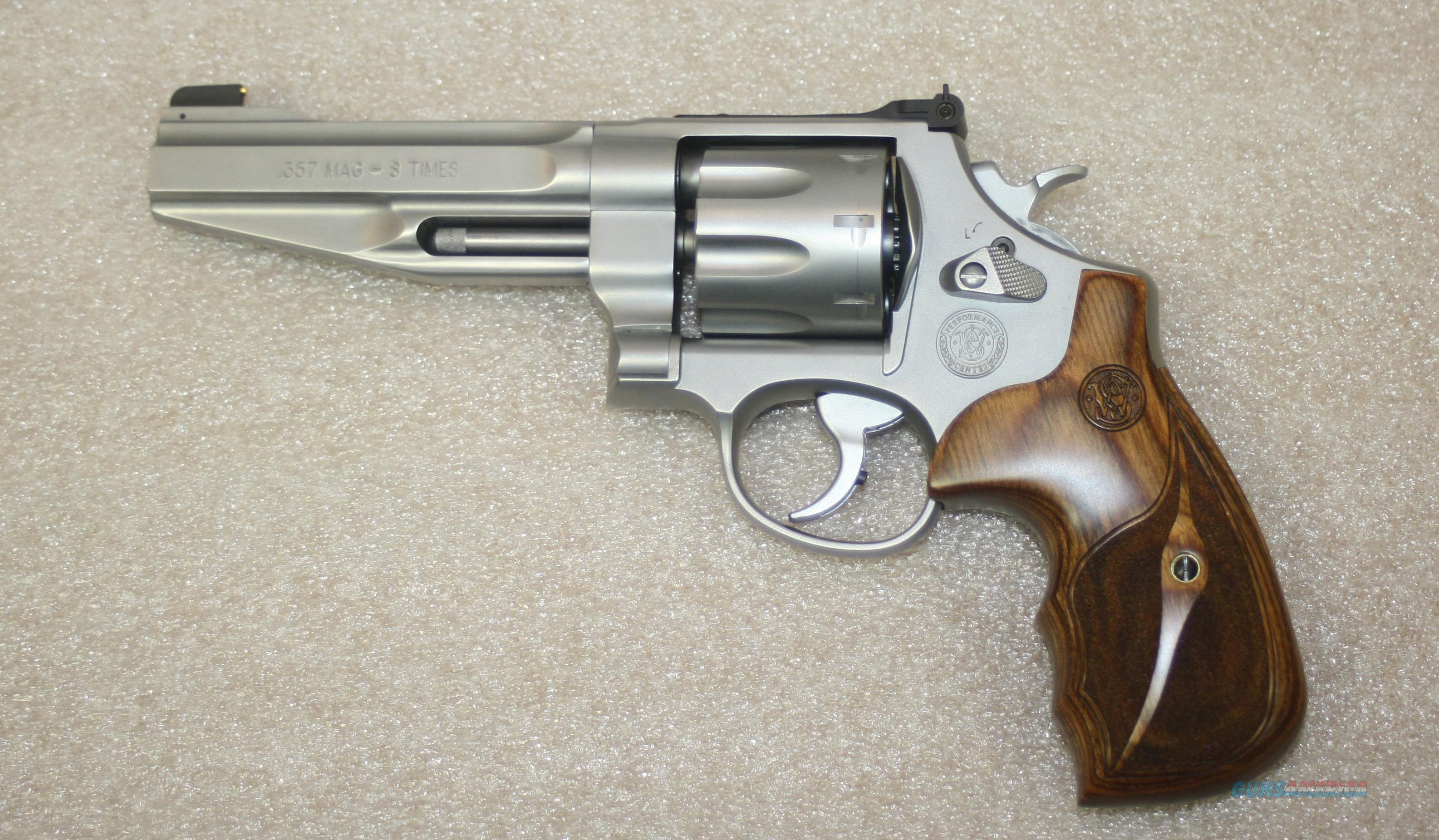 SMITH & WESSON MODEL 627-5 357 MAG #170210  Guns > Pistols > Smith & Wesson Revolvers > Performance Center
