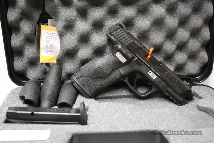 "SMITH & WESSON M&P 9 41/8"" CRIMSON TRACE GRIP NEW IN HARD CASE $50 REBATE ENDS 5-31-10  Guns > Pistols > Smith & Wesson Pistols - Autos > Polymer Frame"