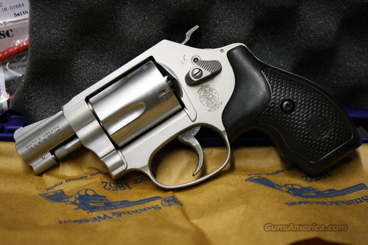 "SMITH & WESSON 637 17/8"" REVOLVER NEW IN THE BLUE BOX  Guns > Pistols > Smith & Wesson Revolvers > Pocket Pistols"