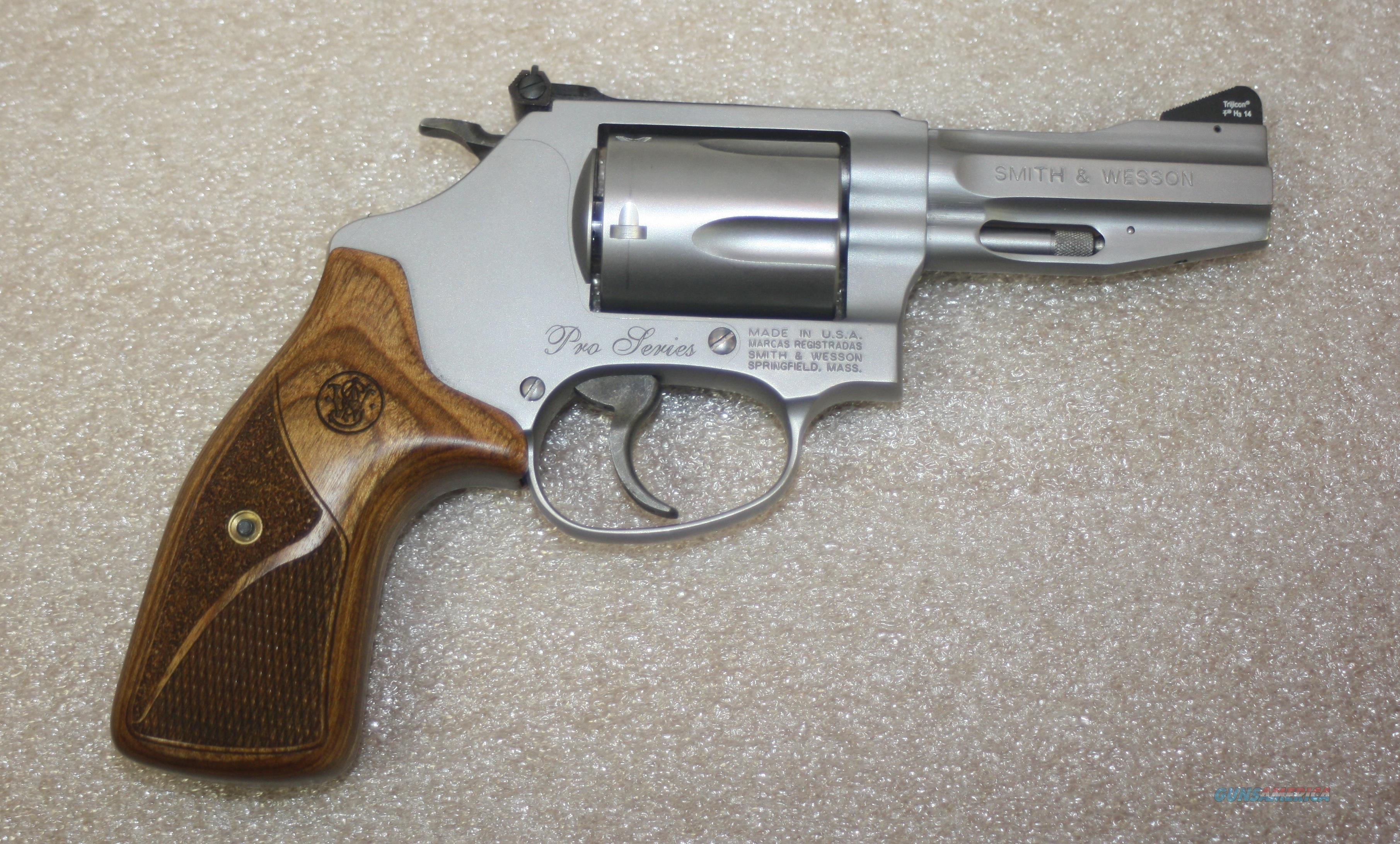 "SMITH & WESSON PRO SERIES M60 3"" 357 MAG LIKE NEW IN ORIGINAL BOX  Guns > Pistols > Smith & Wesson Revolvers > Pocket Pistols"