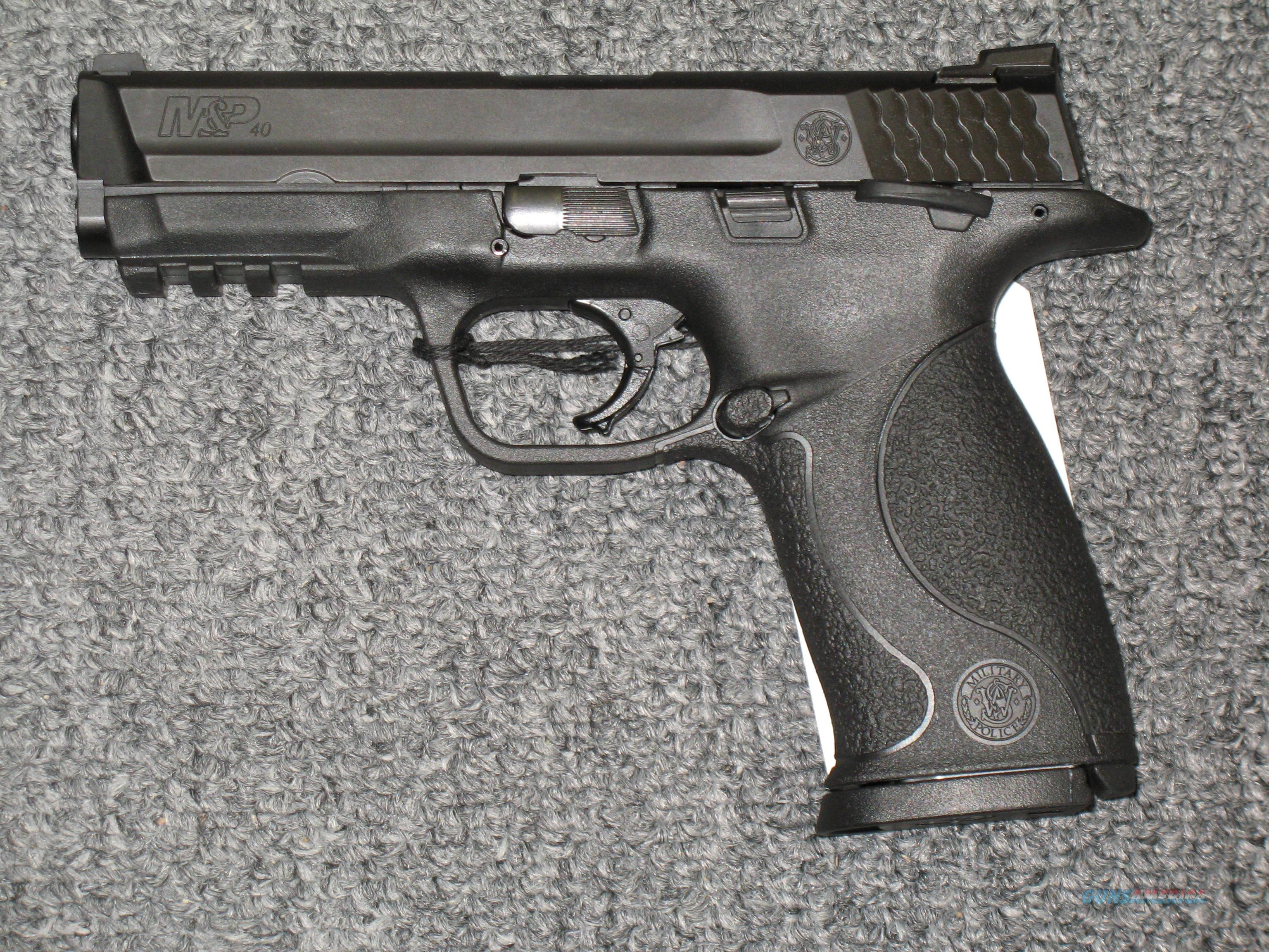 M&P40 w/2 15 rd mags  Guns > Pistols > Smith & Wesson Pistols - Autos > Polymer Frame