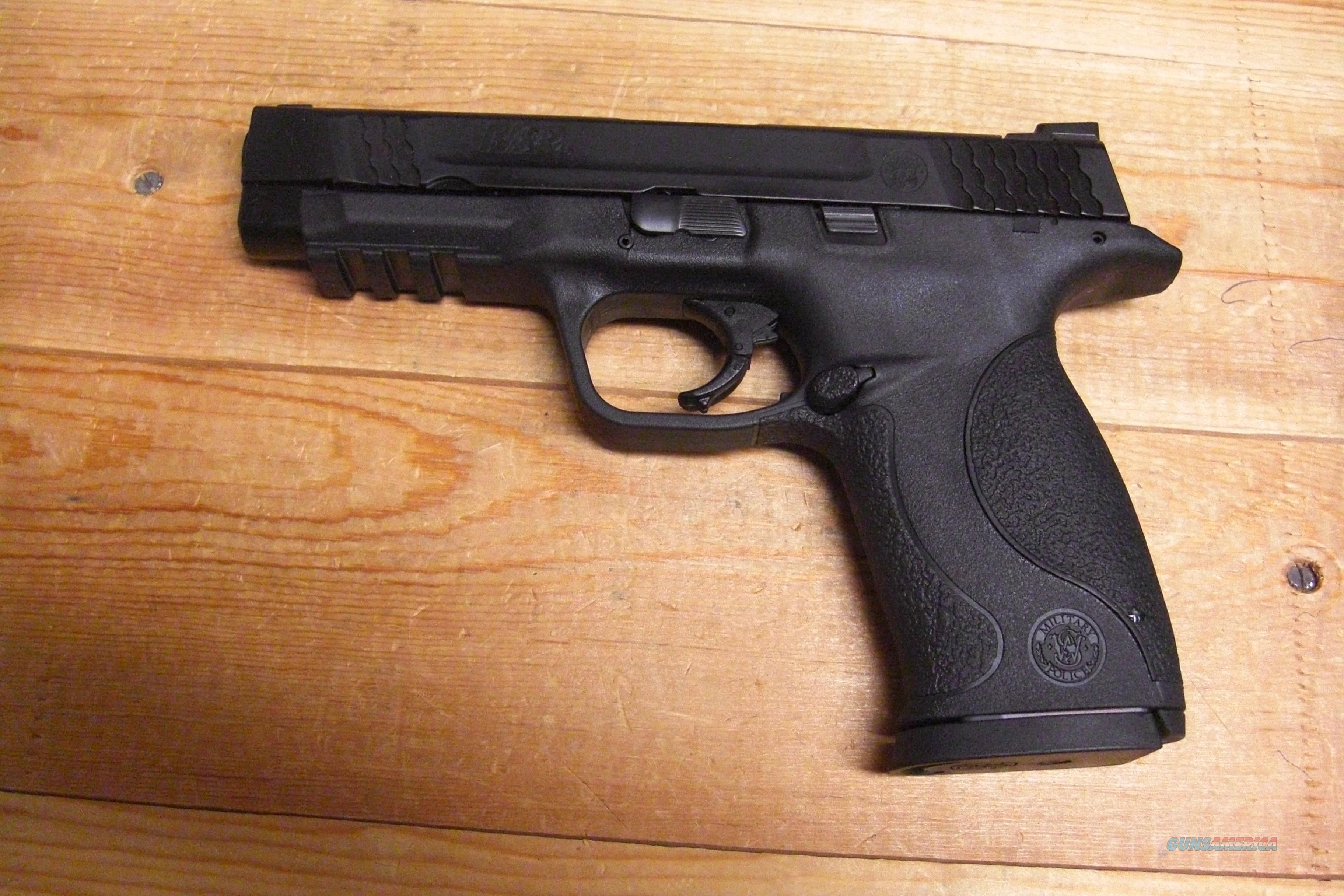 Smith & Wesson M&P 45   w/night sights  Guns > Pistols > Smith & Wesson Pistols - Autos > Polymer Frame