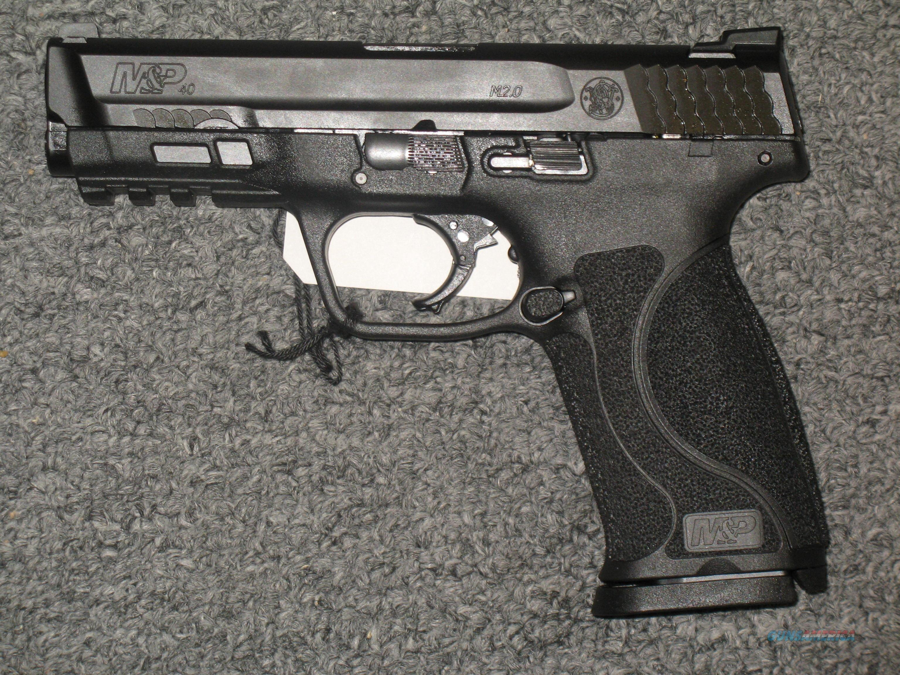 Smith & Wesson M&P40 M2.0 (11522)  Guns > Pistols > Smith & Wesson Pistols - Autos > Polymer Frame