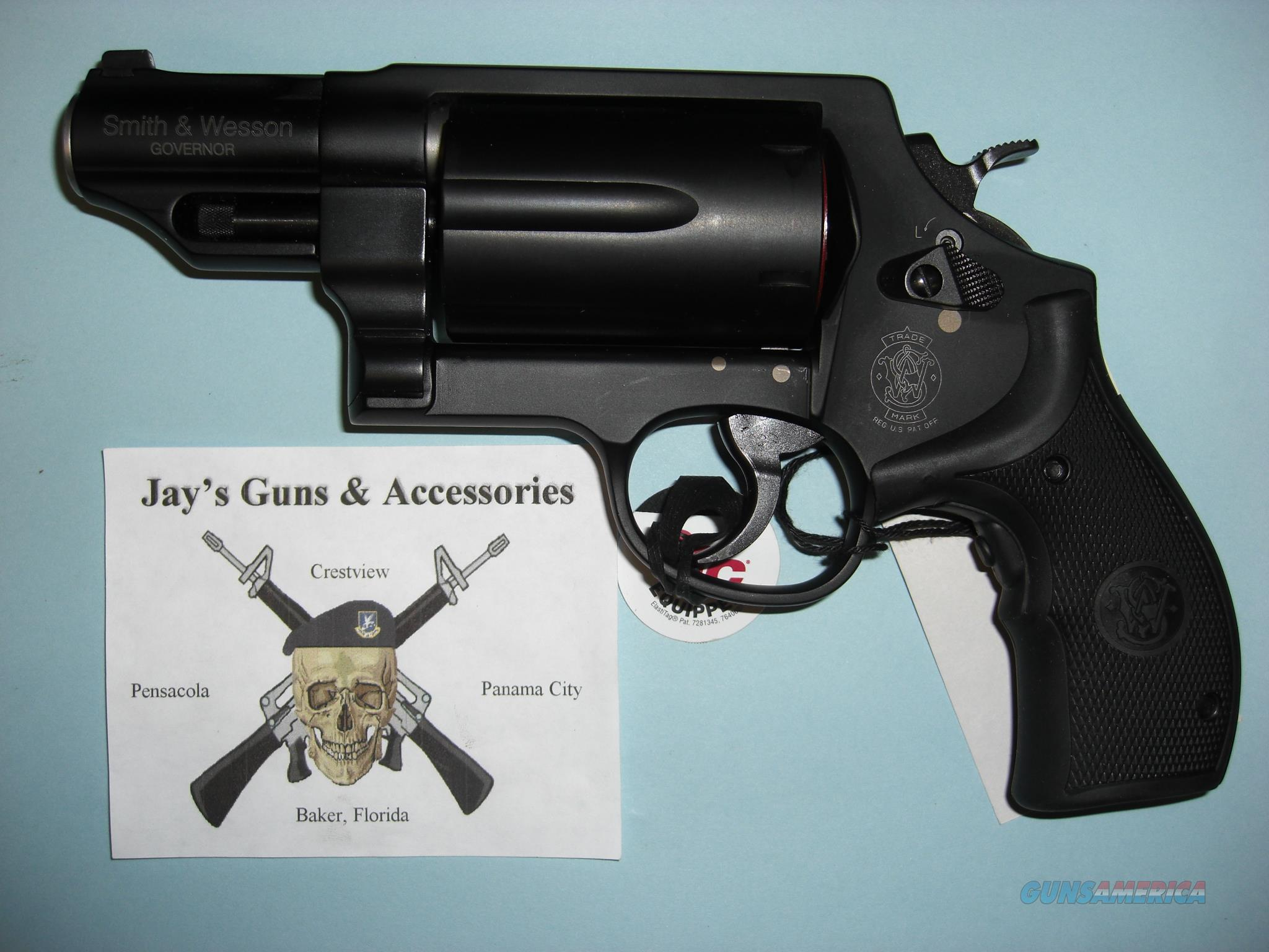Smith & Wesson Governor w/Crimson Trace Laser Grips (.45 ACP, .45 LC & .410 Gau)  Guns > Pistols > Smith & Wesson Revolvers > Full Frame Revolver