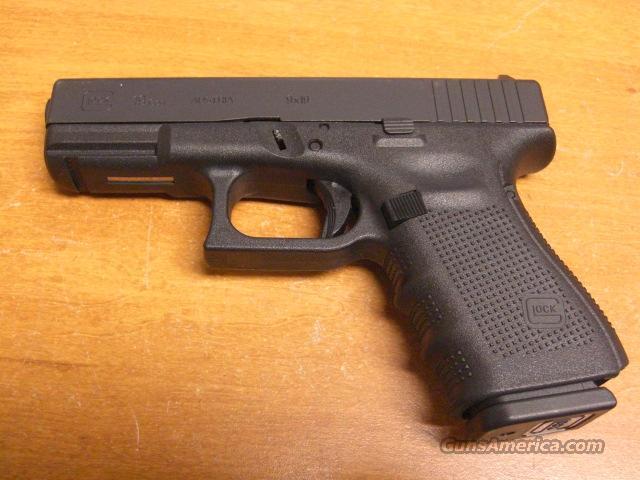 19 Gen 4 w/3 15 rd. mags.  Guns > Pistols > Glock Pistols > 19