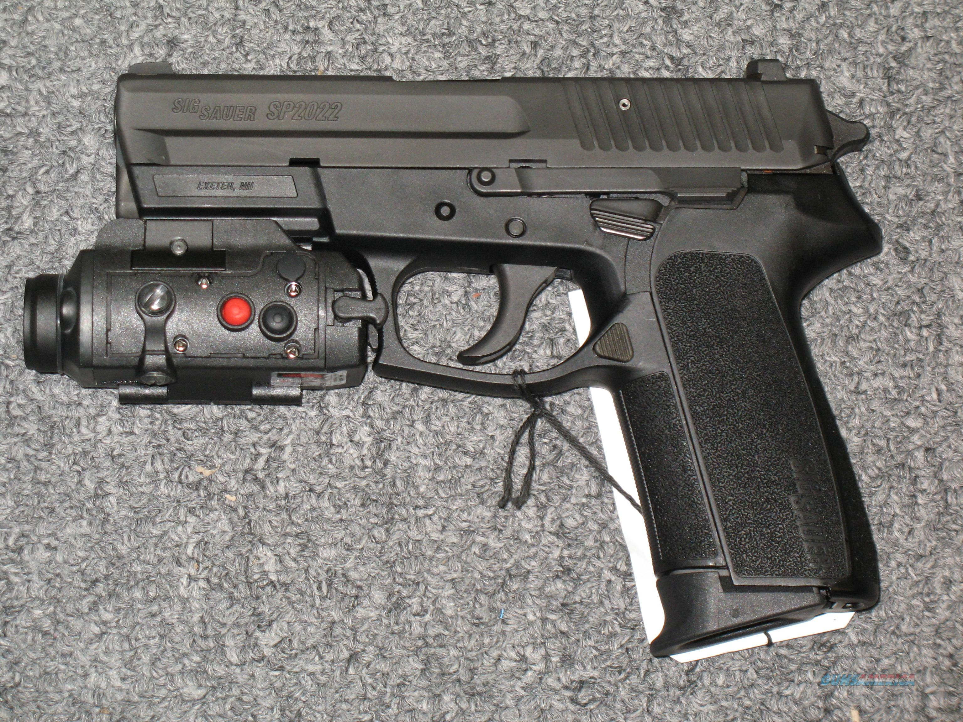 SP2022 (TACPAC) w/Sig Laser (red) Light combo and Night Sights  Guns > Pistols > Sig - Sauer/Sigarms Pistols > 2022