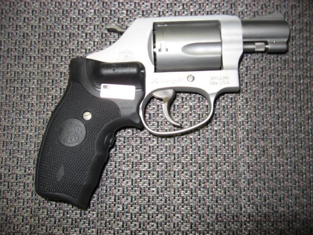 637-2 Airweight with Laser Grips  Guns > Pistols > Smith & Wesson Revolvers > Pocket Pistols