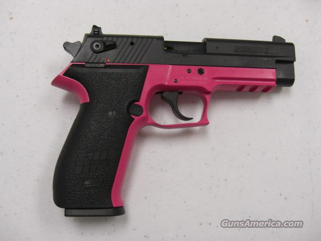 Mosquito  w/pink frame  Guns > Pistols > Sig - Sauer/Sigarms Pistols > Mosquito