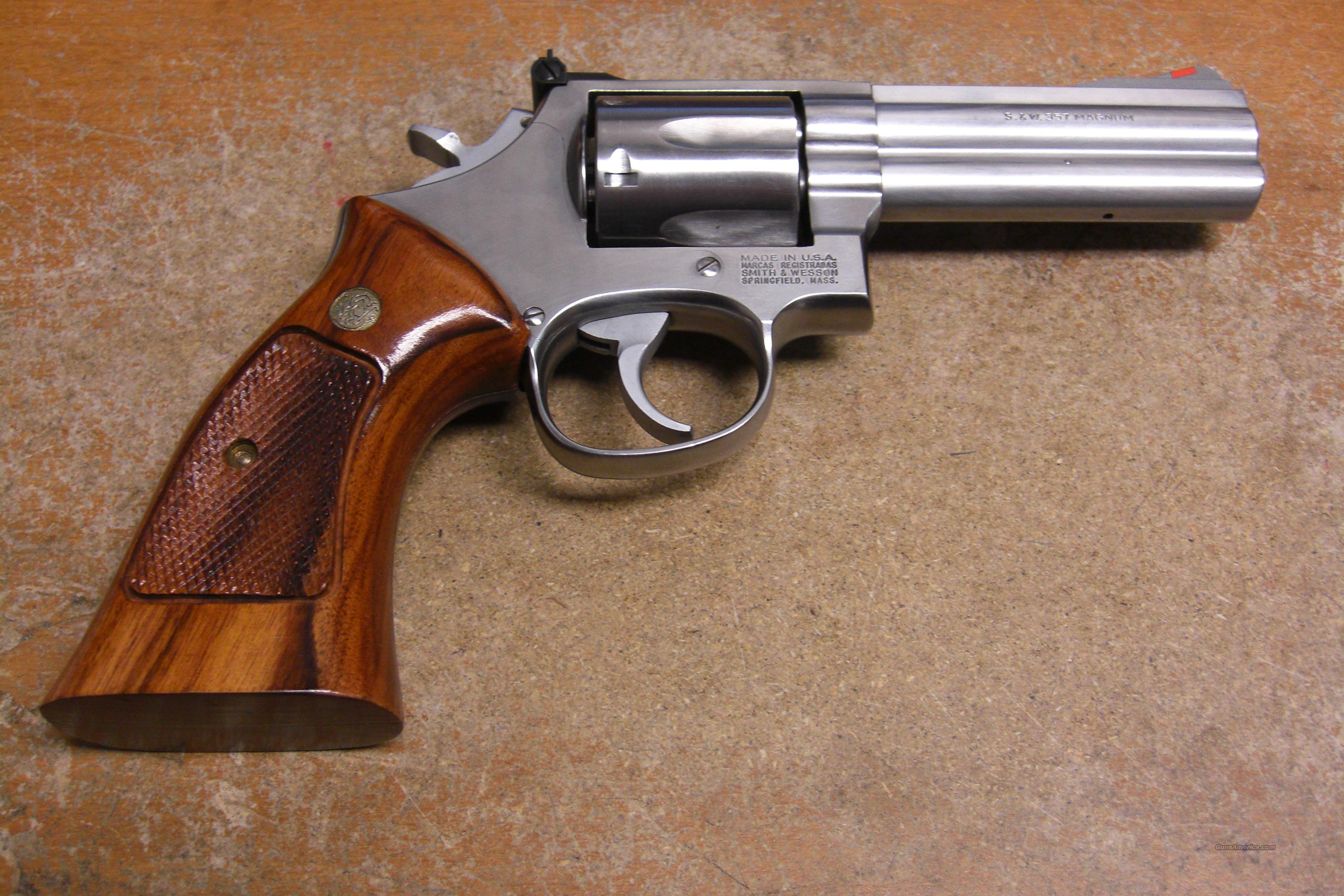 686-3  stainless  Guns > Pistols > Smith & Wesson Revolvers > Full Frame Revolver