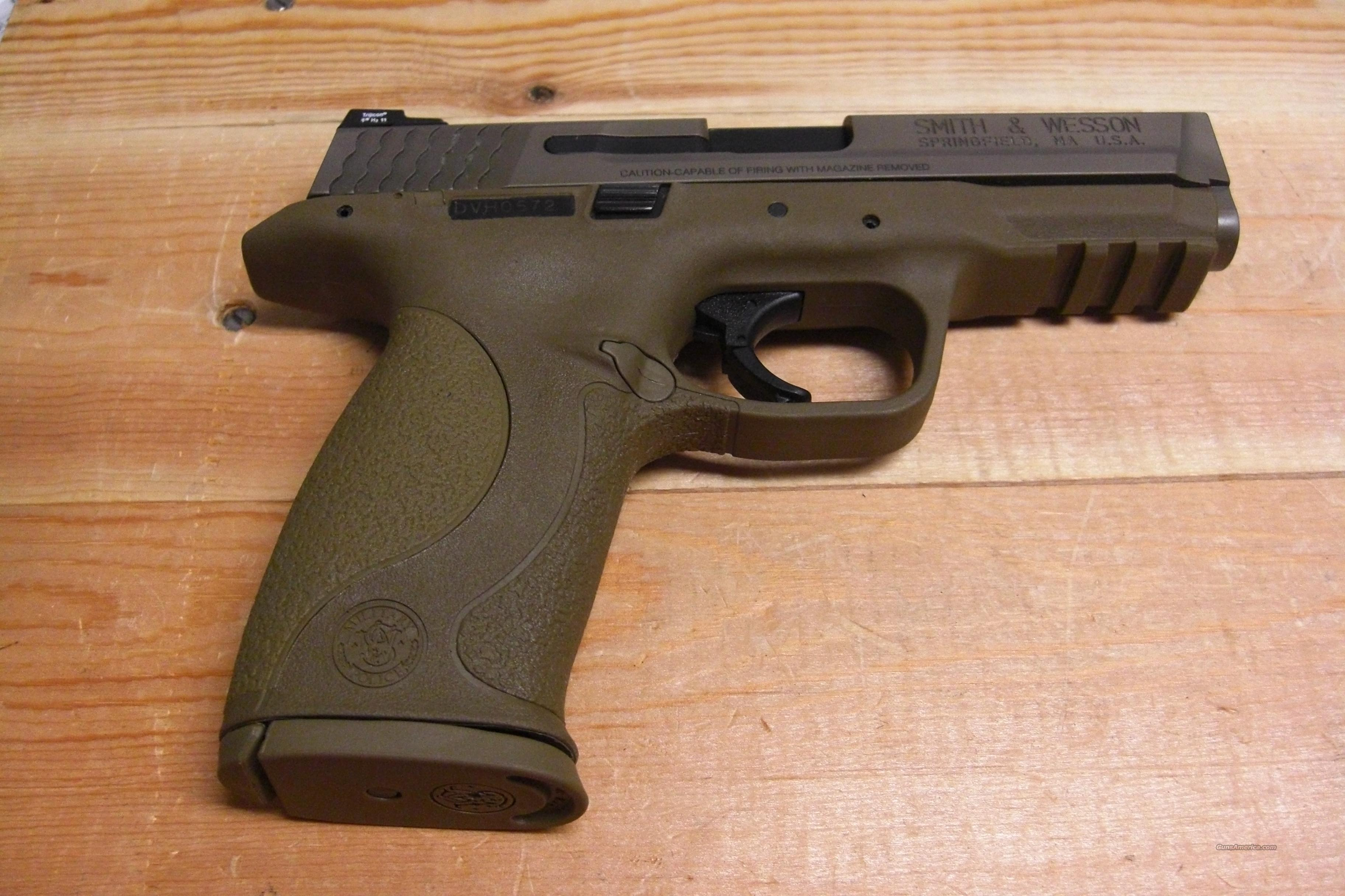 M & P 40  w/VTAC night sights  Guns > Pistols > Smith & Wesson Pistols - Autos > Polymer Frame