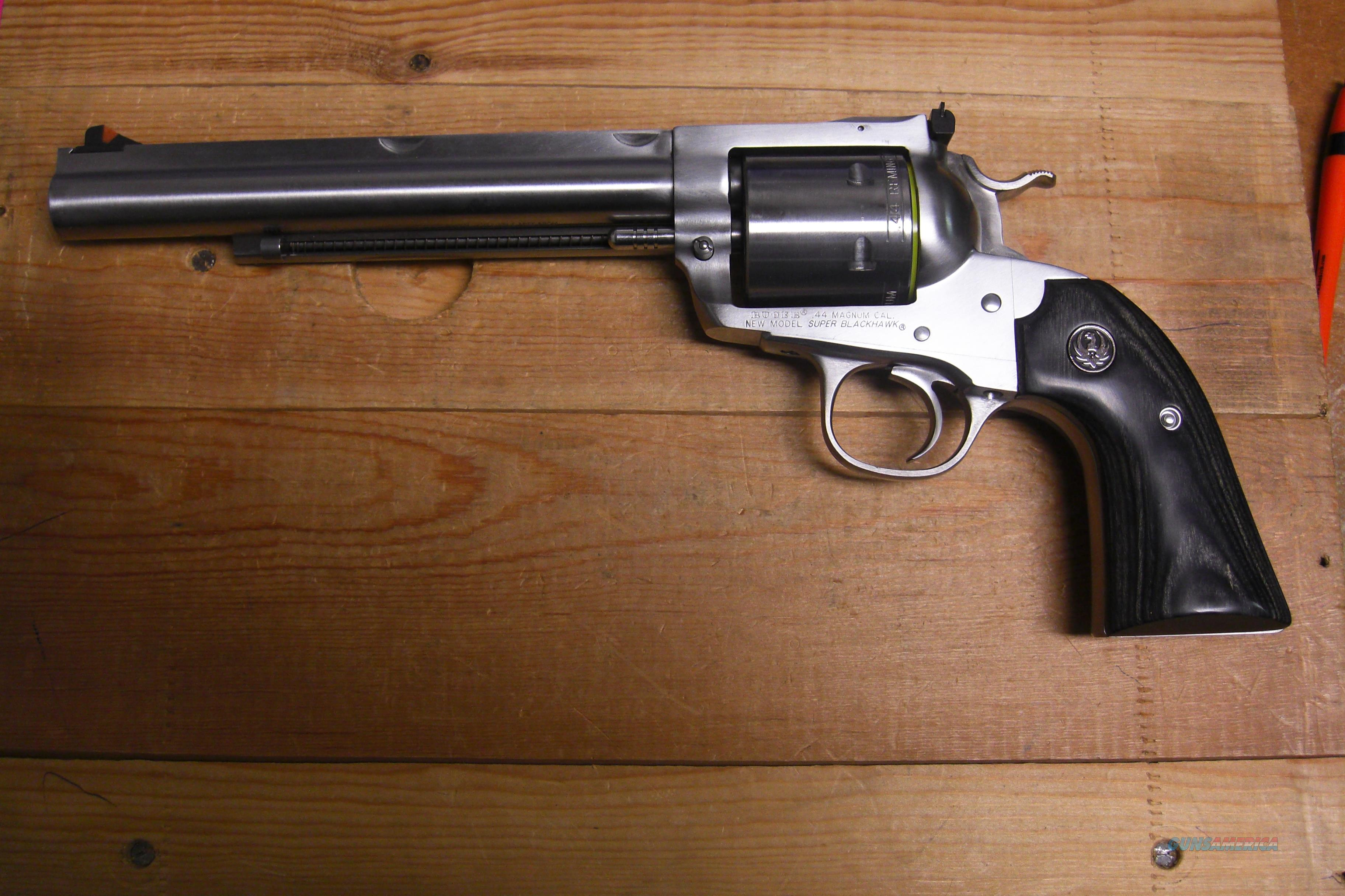 New Model Super Blackhawk Bisley Hunter (.44magnum)  Guns > Pistols > Ruger Single Action Revolvers > Blackhawk Type