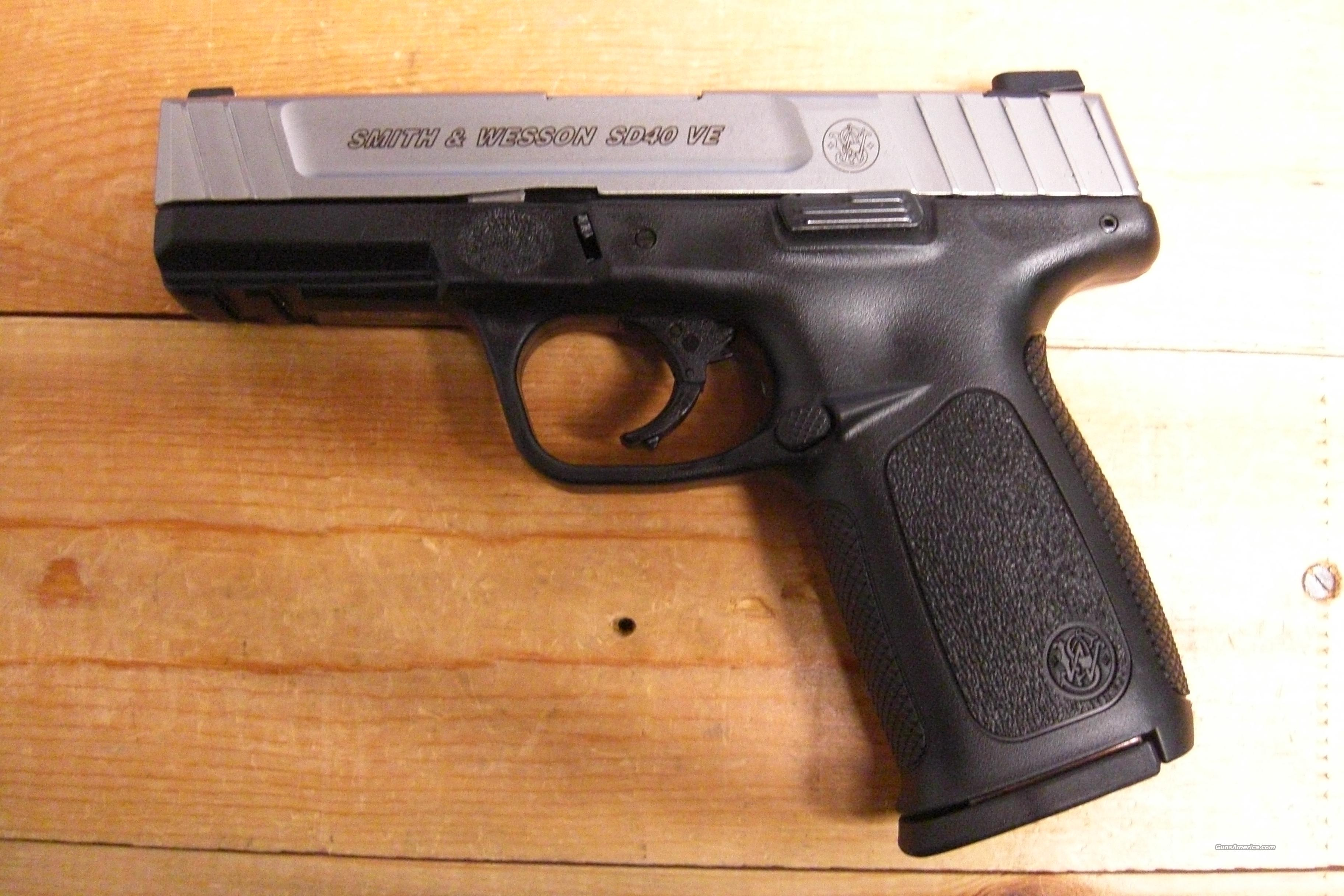 SD40 VE  w/stainless slide   Guns > Pistols > Smith & Wesson Pistols - Autos > Polymer Frame