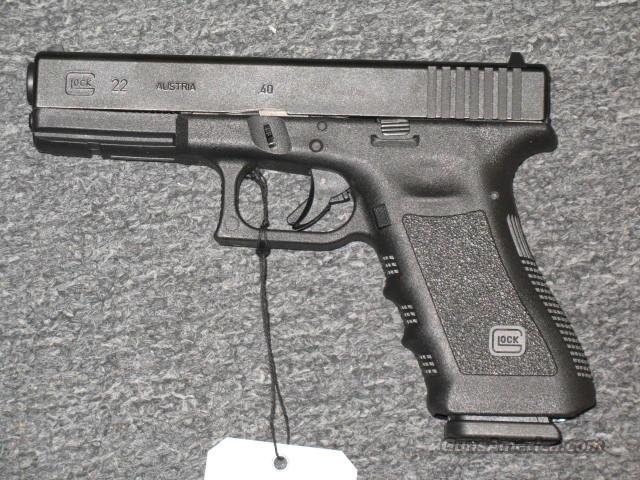 Glock 22 with two 15 rd. mags.  Guns > Pistols > Glock Pistols > 22