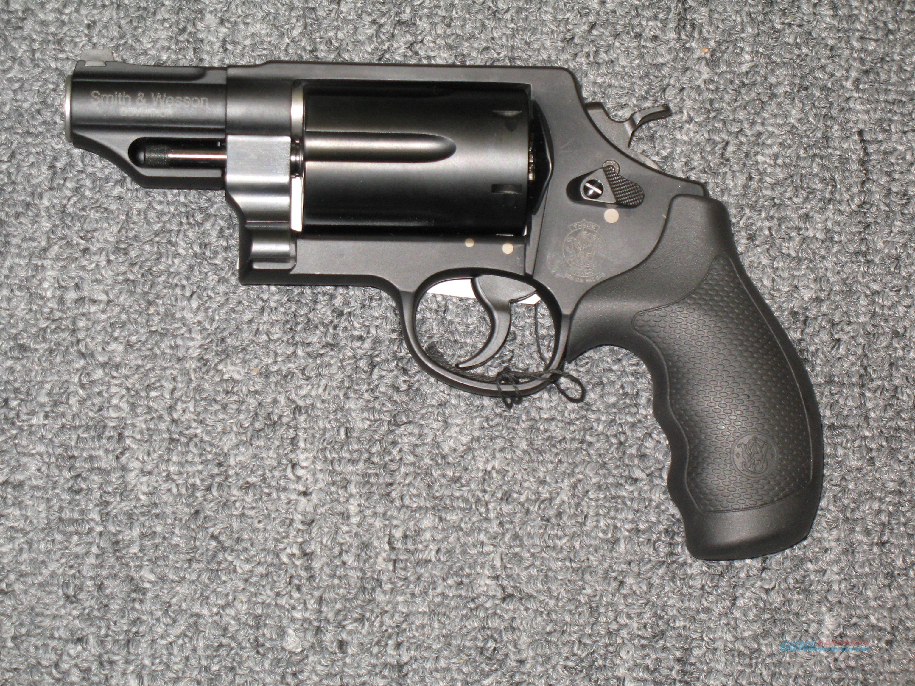 Governor (.45lc .45acp & .410ga) black w/front night sight  Guns > Pistols > Smith & Wesson Revolvers > Full Frame Revolver