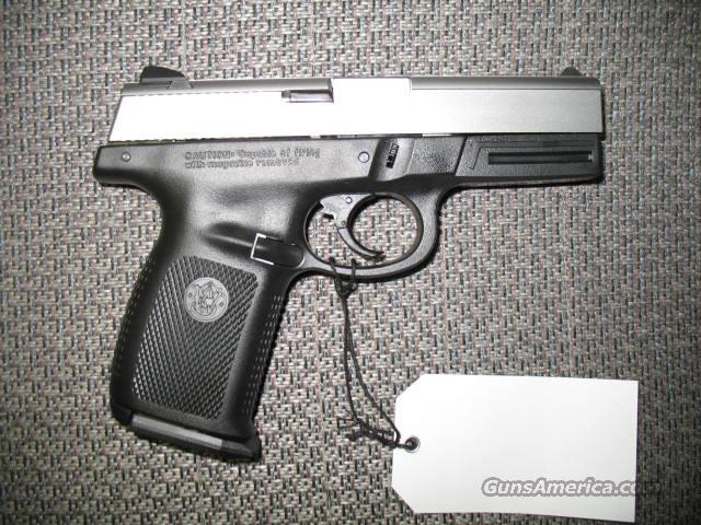 SW9VE 9mm, two-tone  Guns > Pistols > Smith & Wesson Pistols - Autos > Polymer Frame
