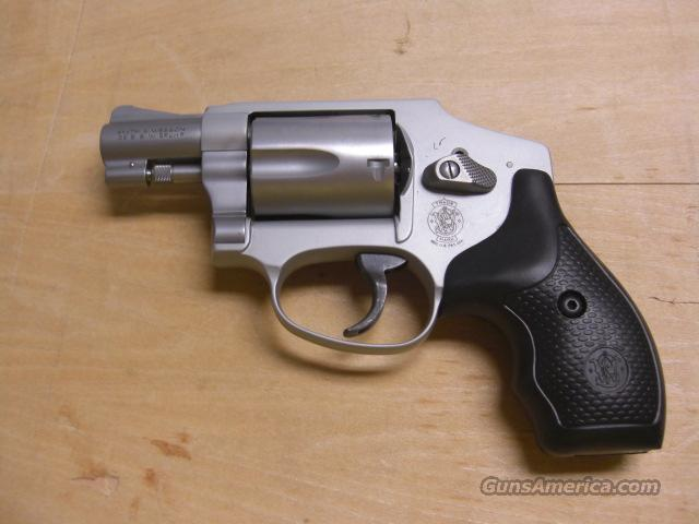 642-2, hammerless   Guns > Pistols > Smith & Wesson Revolvers > Pocket Pistols