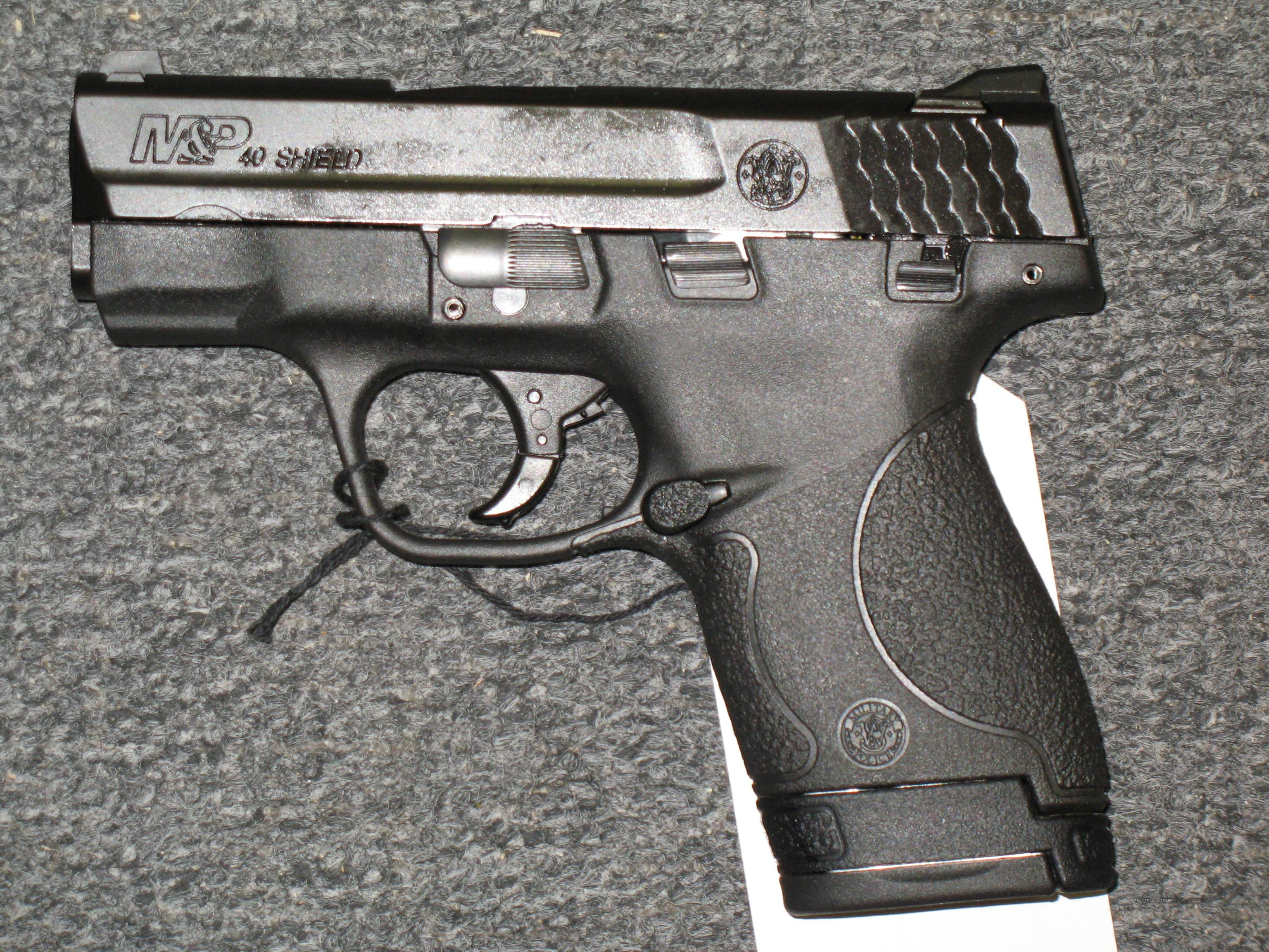 M&P 40 Shield w/Thumb Safety  Guns > Pistols > Smith & Wesson Pistols - Autos > Shield