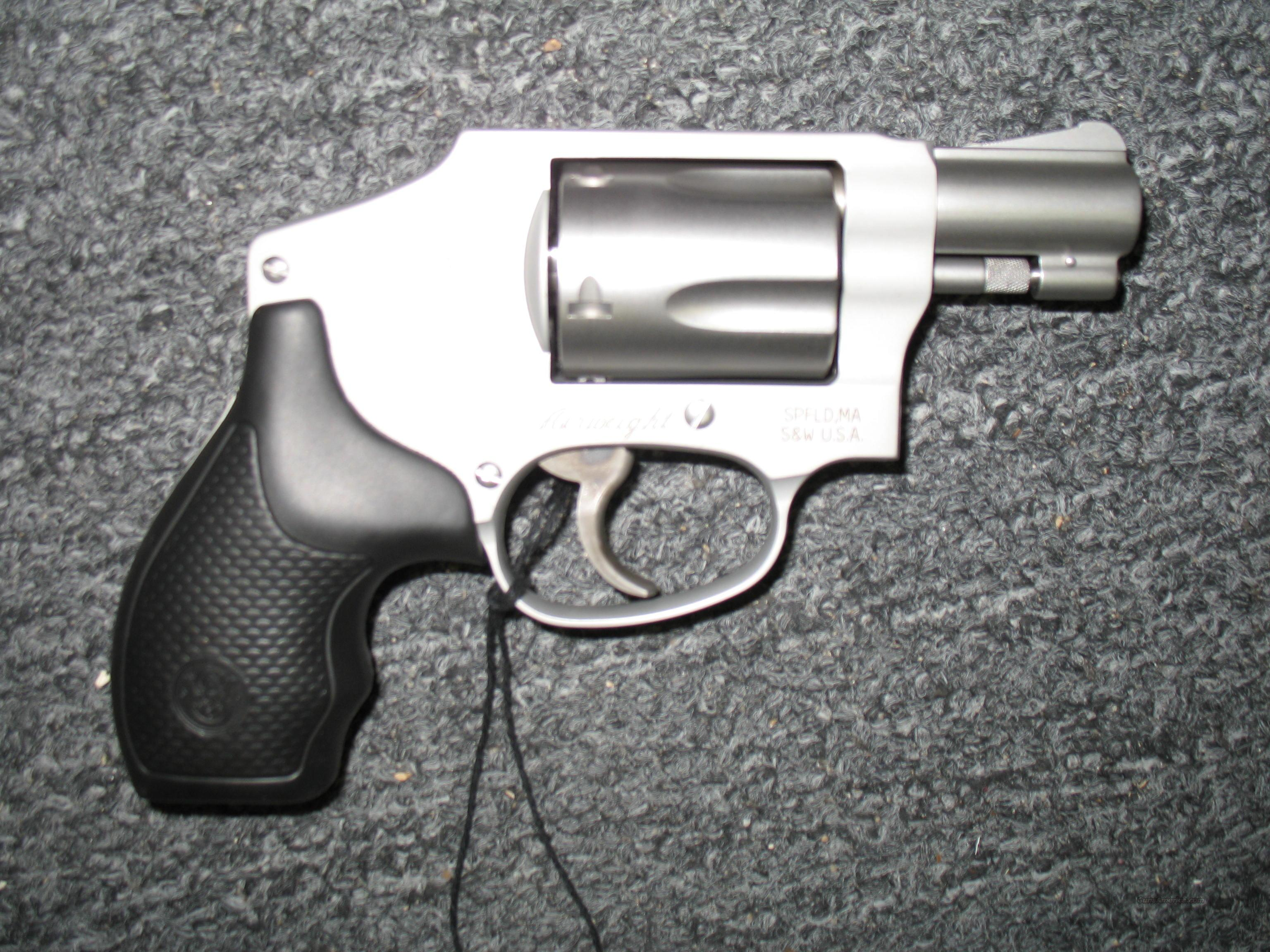 642-2  Guns > Pistols > Smith & Wesson Revolvers > Pocket Pistols