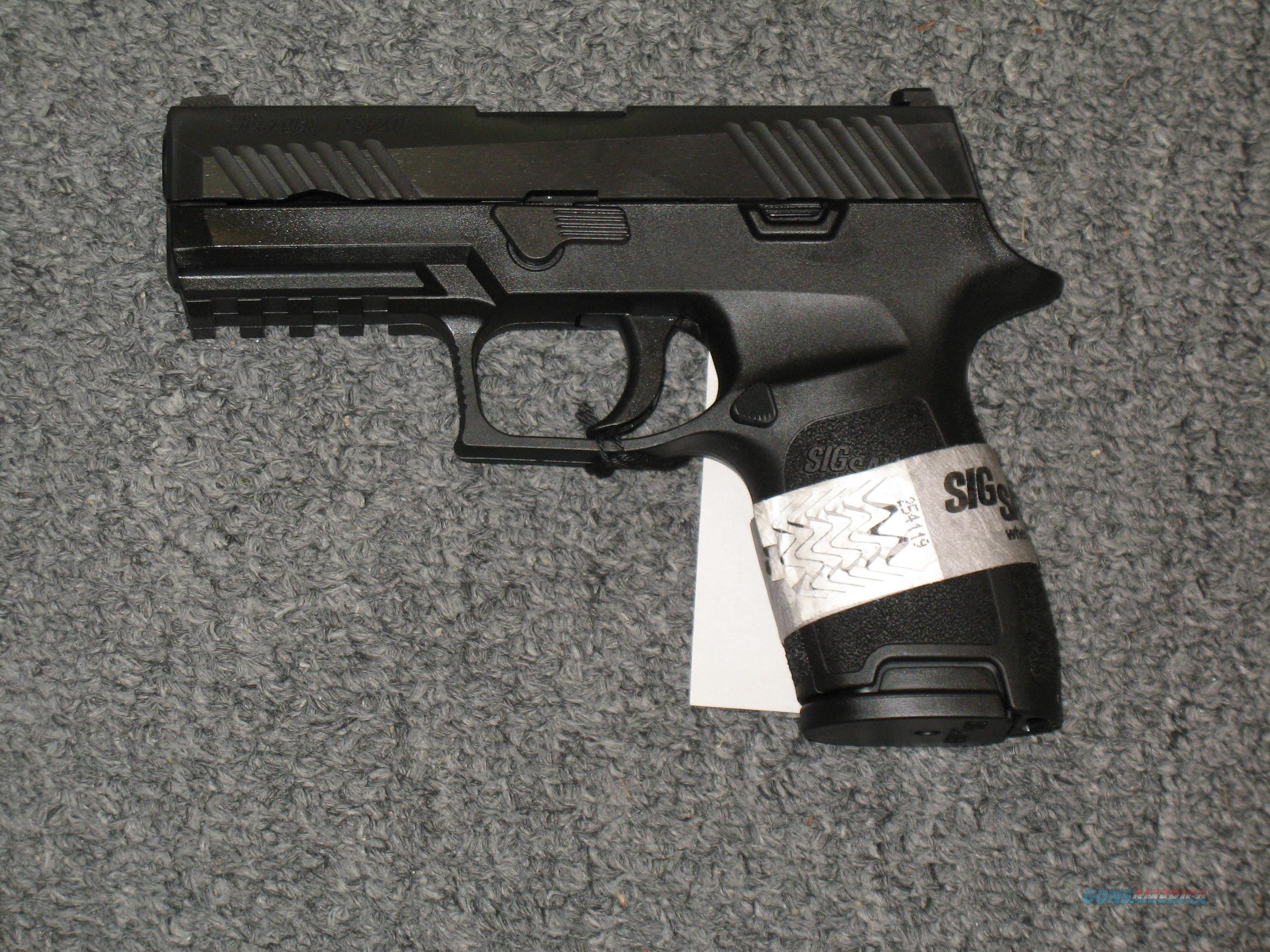 P320 Compact .40s&w black finish w/2 13 rd. mags., medium frame  Guns > Pistols > Sig - Sauer/Sigarms Pistols > P320