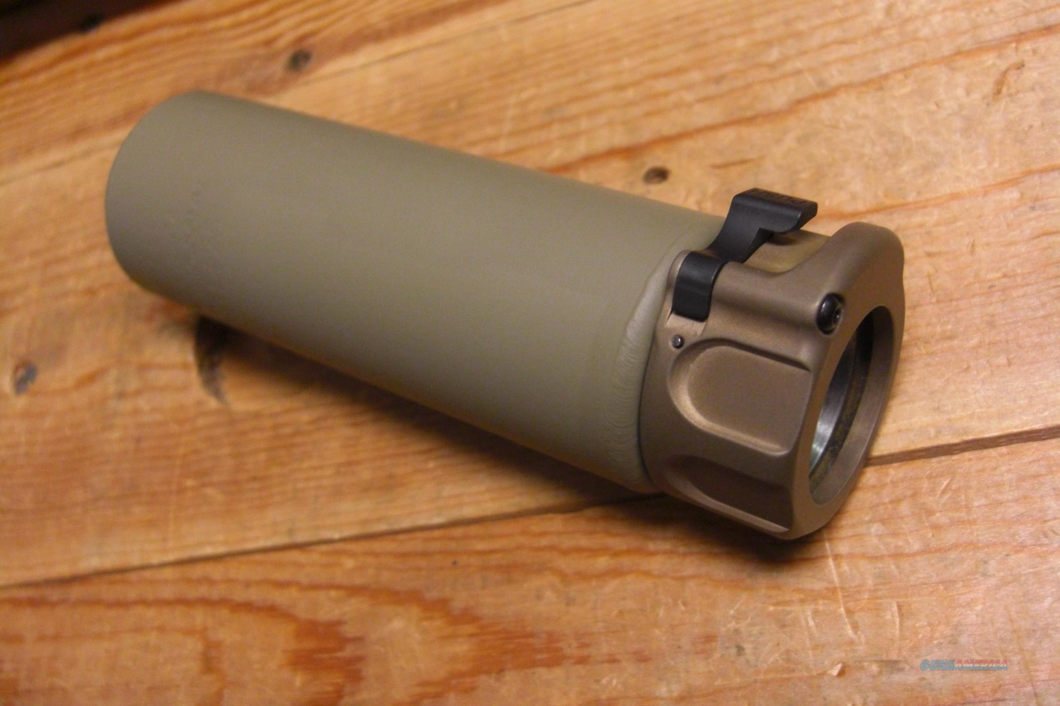 Surefire SOCOM 556-Mini  silencer w/quick detach ring  FDE  Guns > Rifles > Class 3 Rifles > Class 3 Suppressors