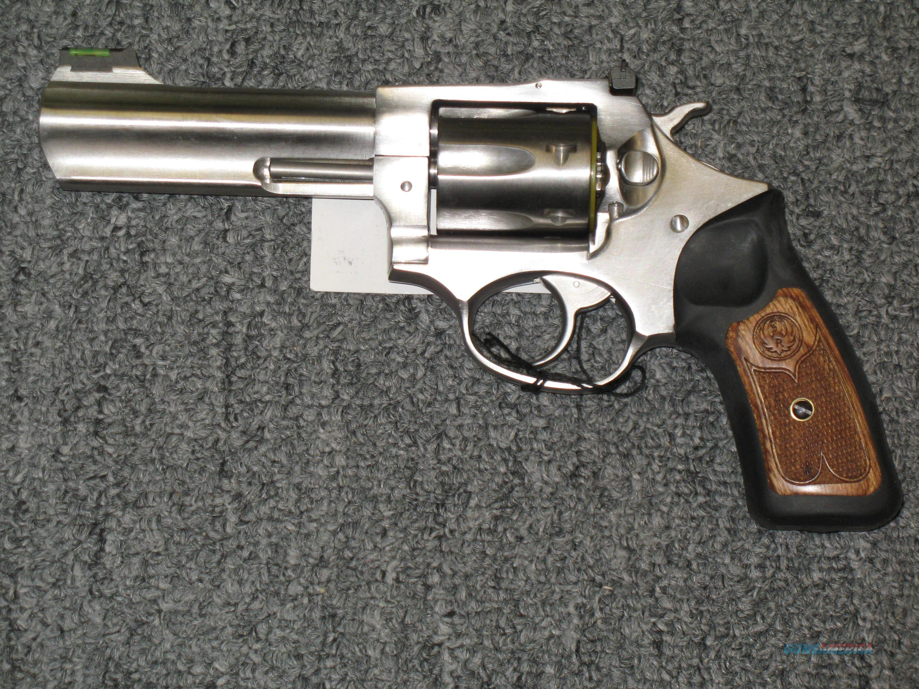"SP101 w/4.2"" bbl. .327 Fed Mag  Guns > Pistols > Ruger Double Action Revolver > SP101 Type"