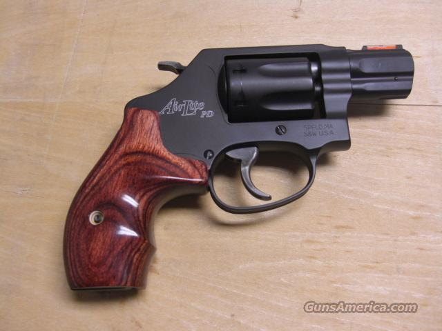 351 PD  .22 magnum  Guns > Pistols > Smith & Wesson Revolvers > Pocket Pistols