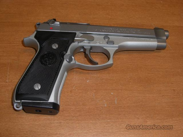 92FS  Italian made  Guns > Pistols > Beretta Pistols > Model 92 Series