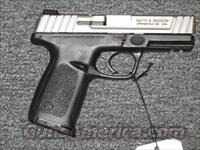 SD40VE  w/stainless slide   Smith & Wesson Pistols - Autos > Polymer Frame
