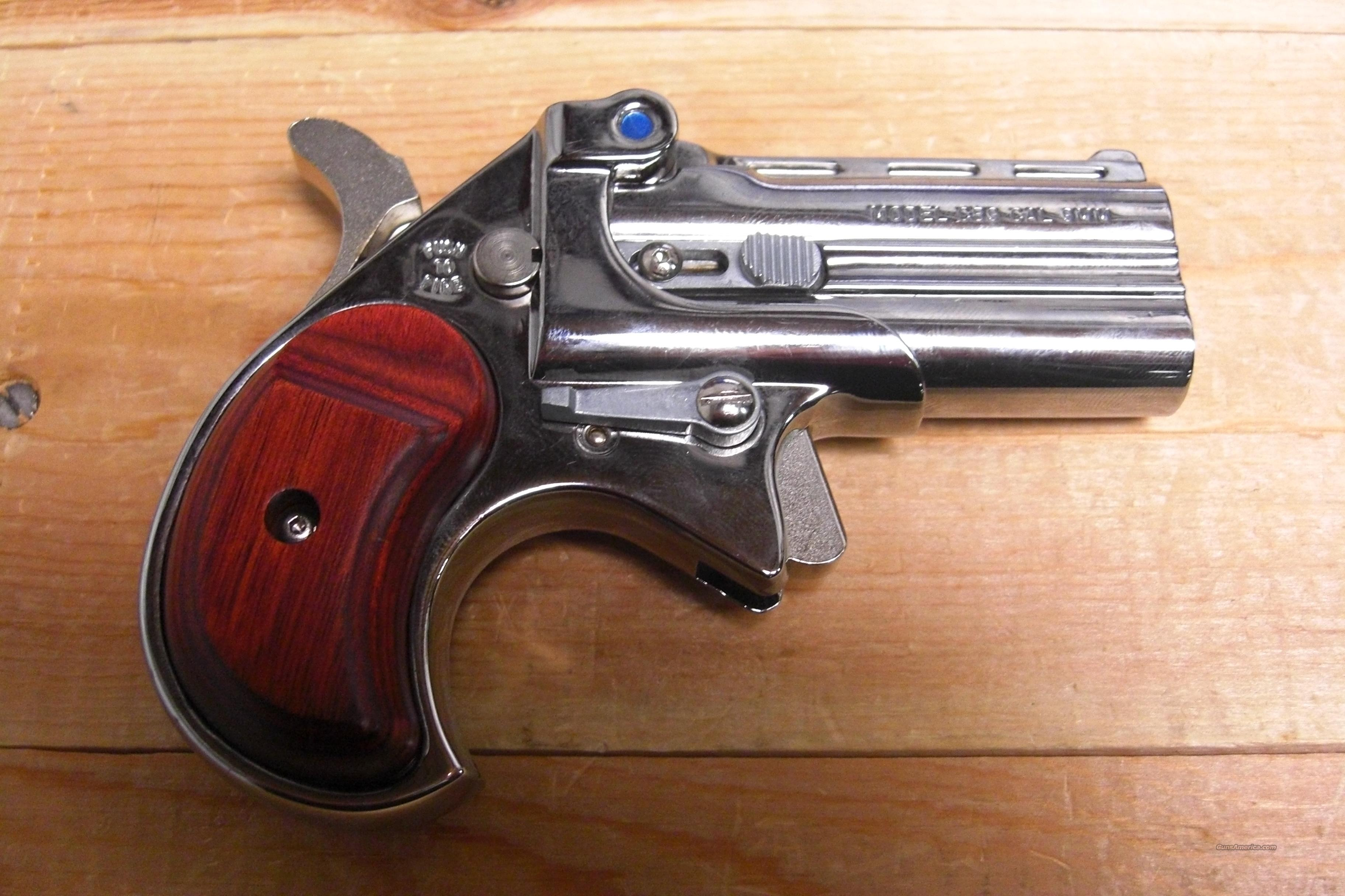 CB9 Chrome w/wood grips  Guns > Pistols > Cobra Derringers