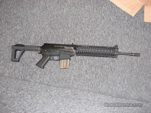 556 w/quad rails, fold up front sight  Guns > Rifles > Sig - Sauer/Sigarms Rifles