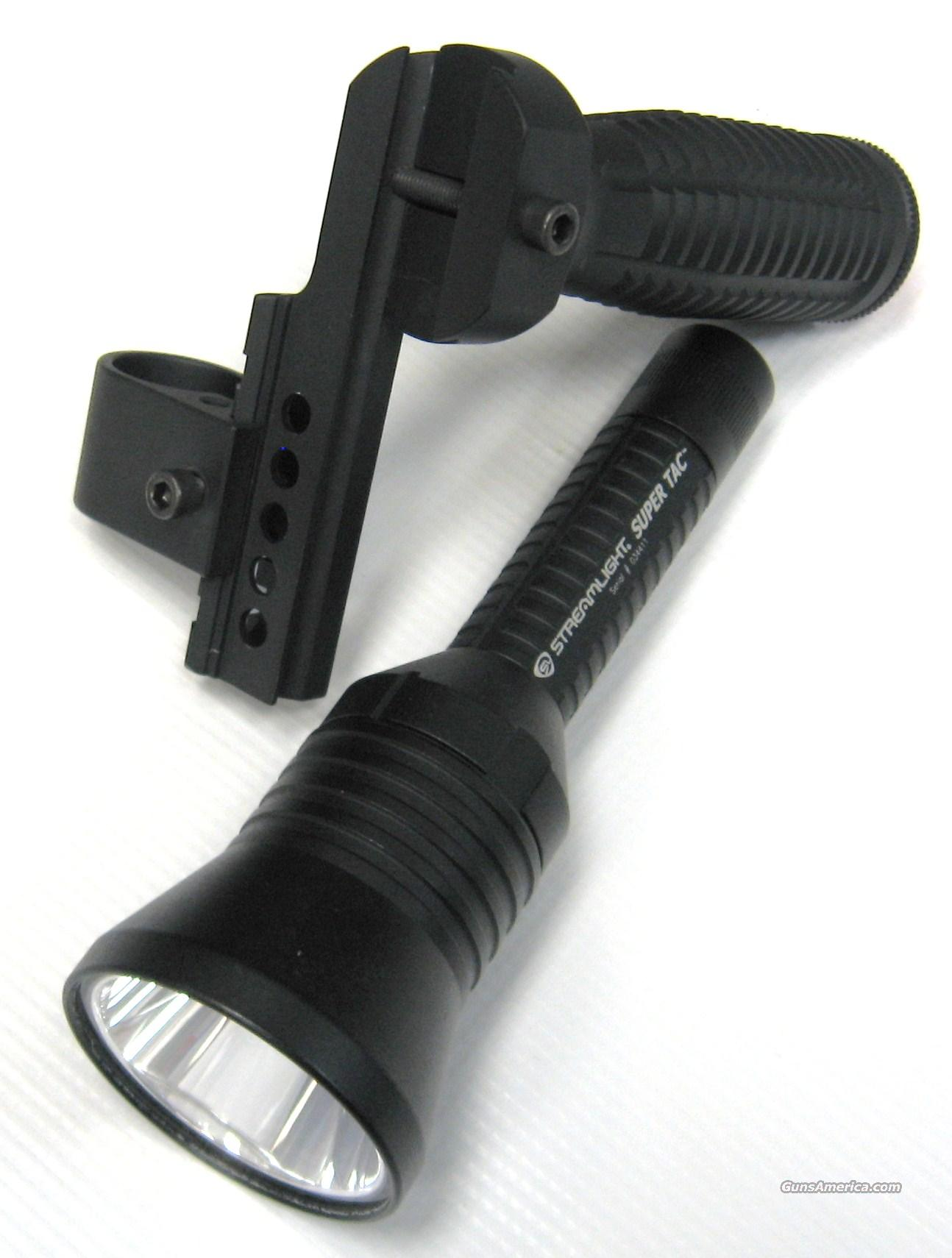 Streamlight Super Tac Tactical Light w/ Mount  Non-Guns > Lights > Tactical