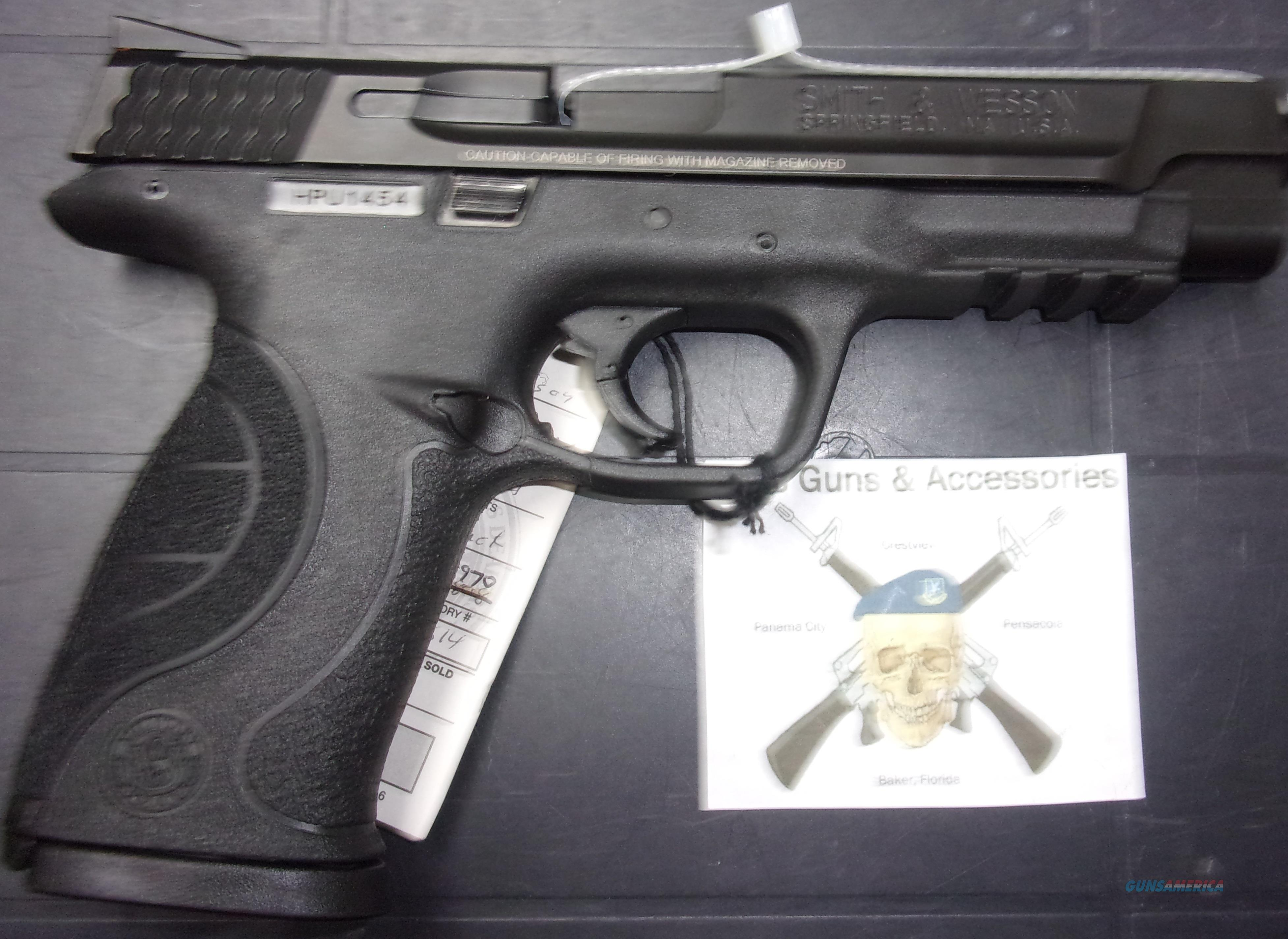 Smith & Wesson M&P40 Pro Series  Guns > Pistols > Smith & Wesson Pistols - Autos > Polymer Frame