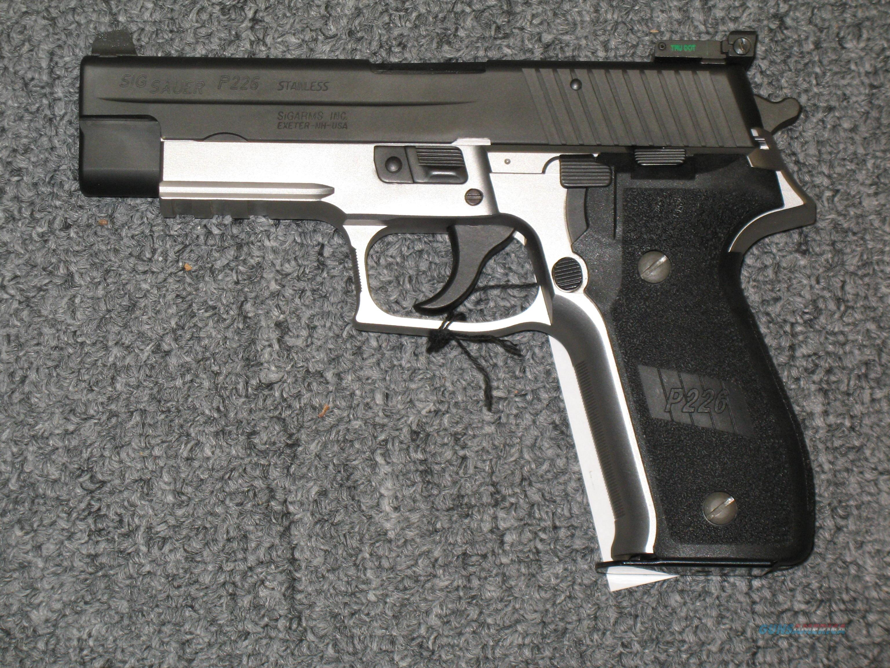 P226 Two Tone .357sig with Night Sights  Guns > Pistols > Sig - Sauer/Sigarms Pistols > P226