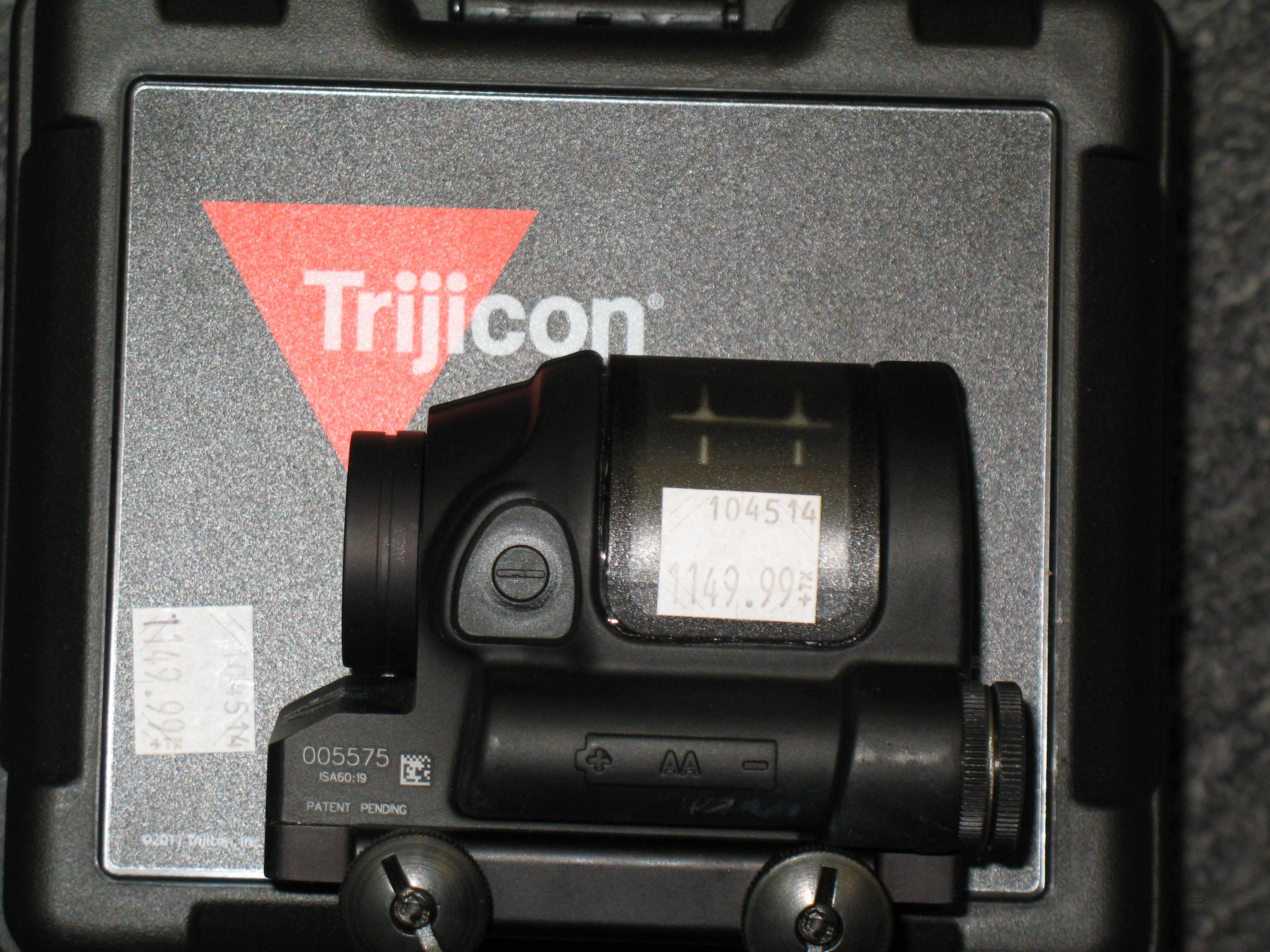 Trijicon 900000 (SRS01) Sealed Reflex Sight  Non-Guns > Scopes/Mounts/Rings & Optics > Tactical Scopes > Red Dot