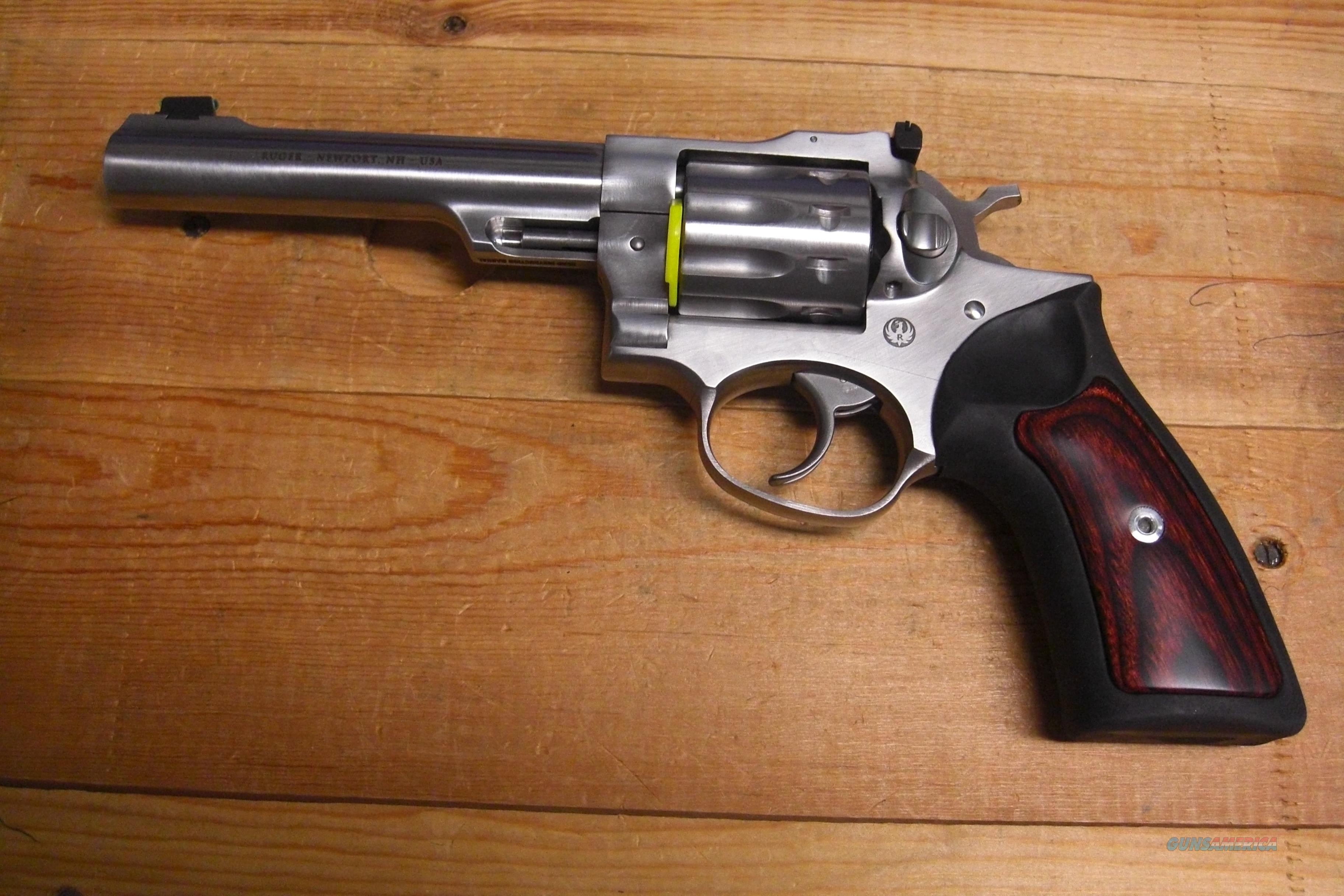 "GP100 stainless, w/5.5"" bbl.  holds 10 rds.  Guns > Pistols > Ruger Double Action Revolver > GP100"