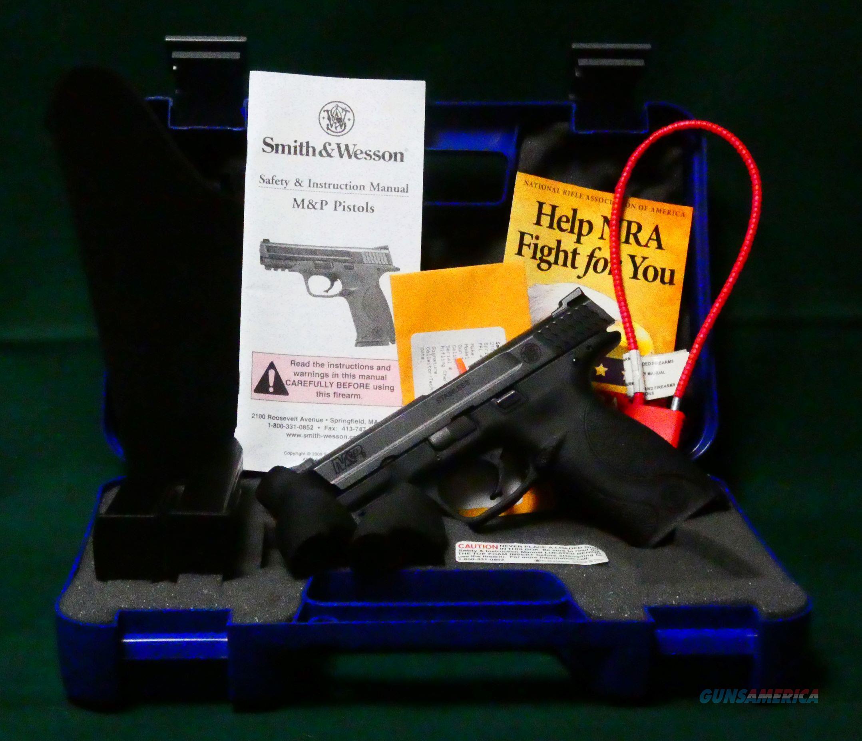 """Smith & Wesson M&P 9 Semi Auto Pistol 9MM 4"""" BBL  Guns > Pistols > Smith & Wesson Pistols - Autos > Polymer Frame"""