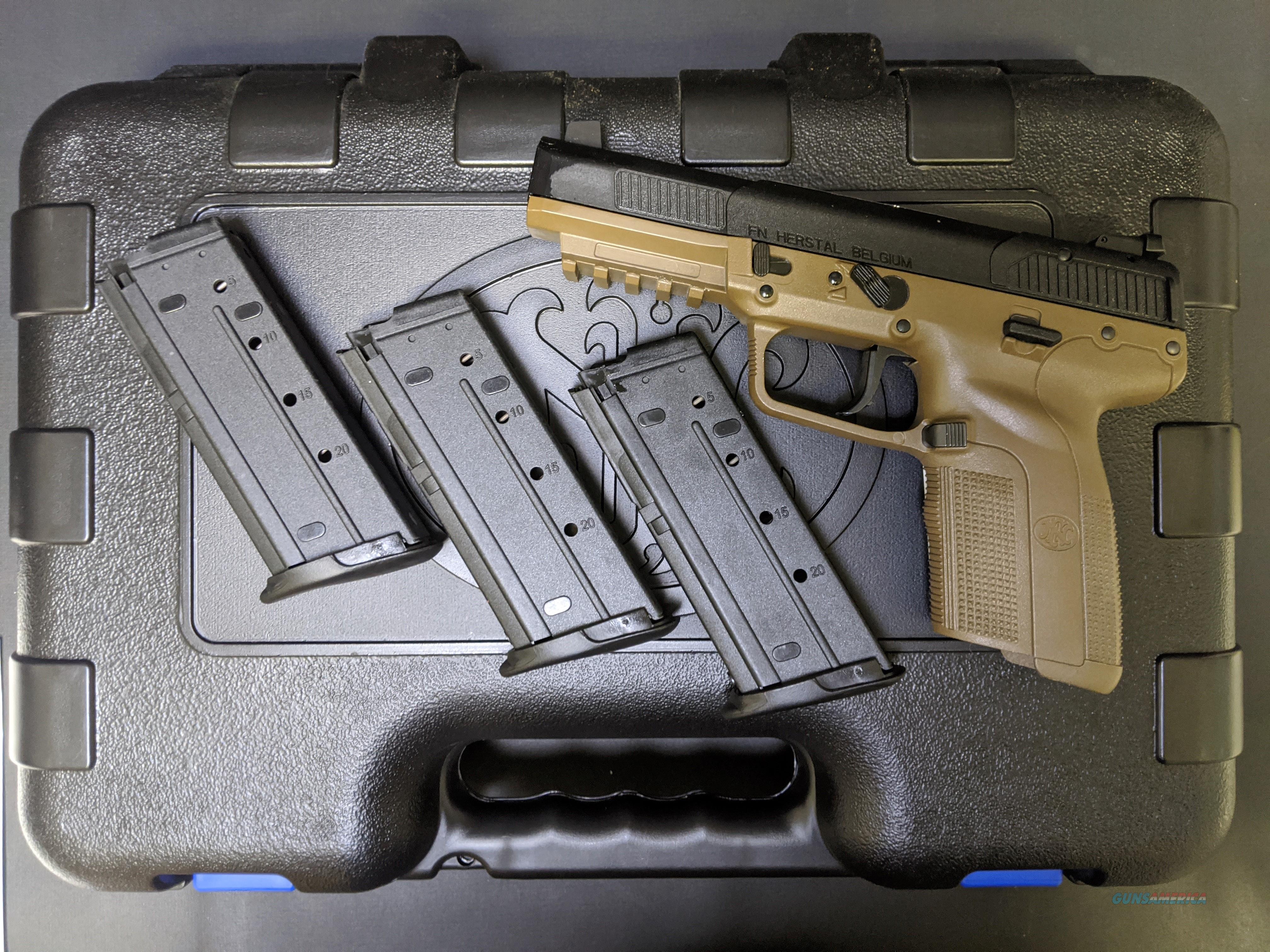 FN Five-seveN (5.7 x 28) in Flat Dark Earth  Guns > Pistols > FNH - Fabrique Nationale (FN) Pistols > FiveSeven