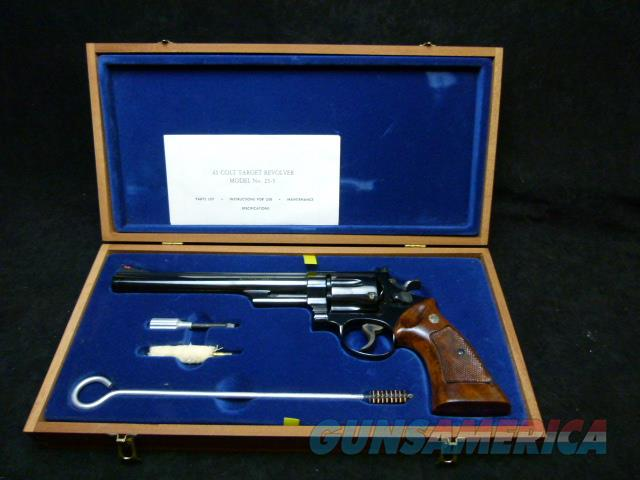 Smith and Wesson, Model 25-5  Guns > Pistols > Smith & Wesson Revolvers > Full Frame Revolver